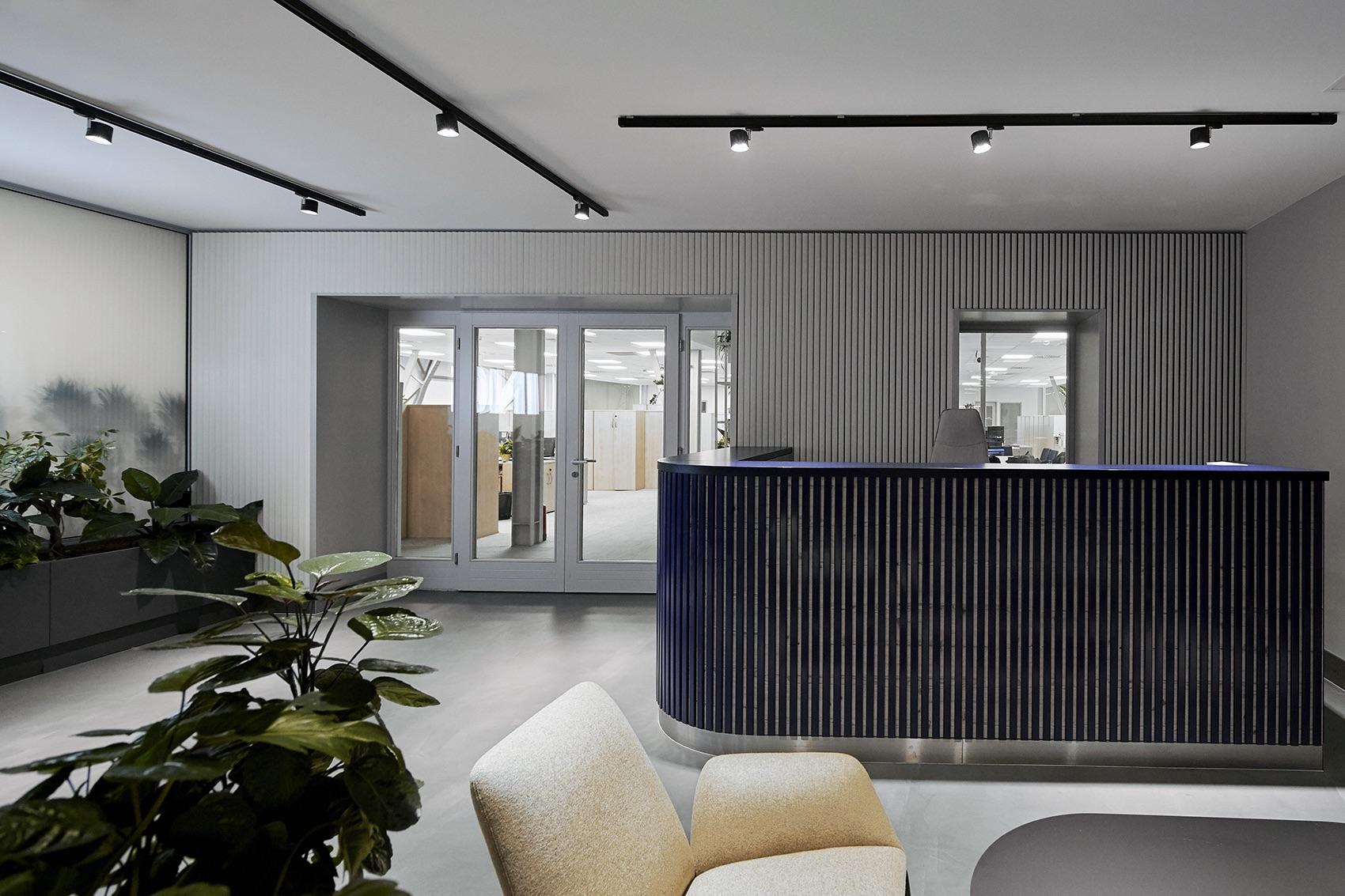 wing-zrt-office-3