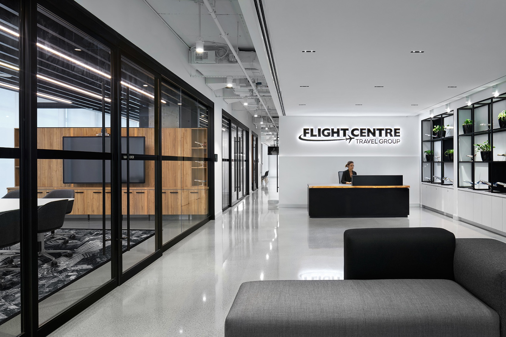flight-centre-vancouver-office-1