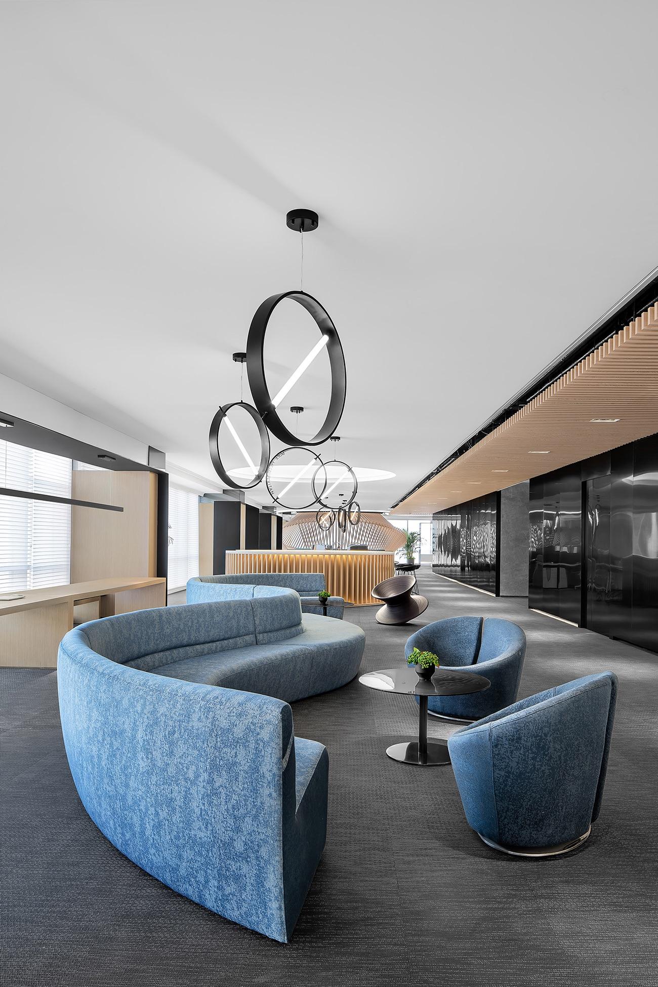 future-metropolitan-office-11