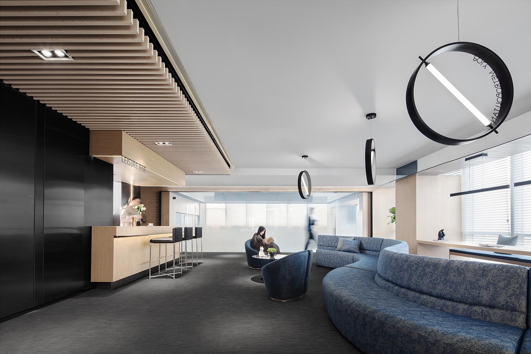 future-metropolitan-office-12