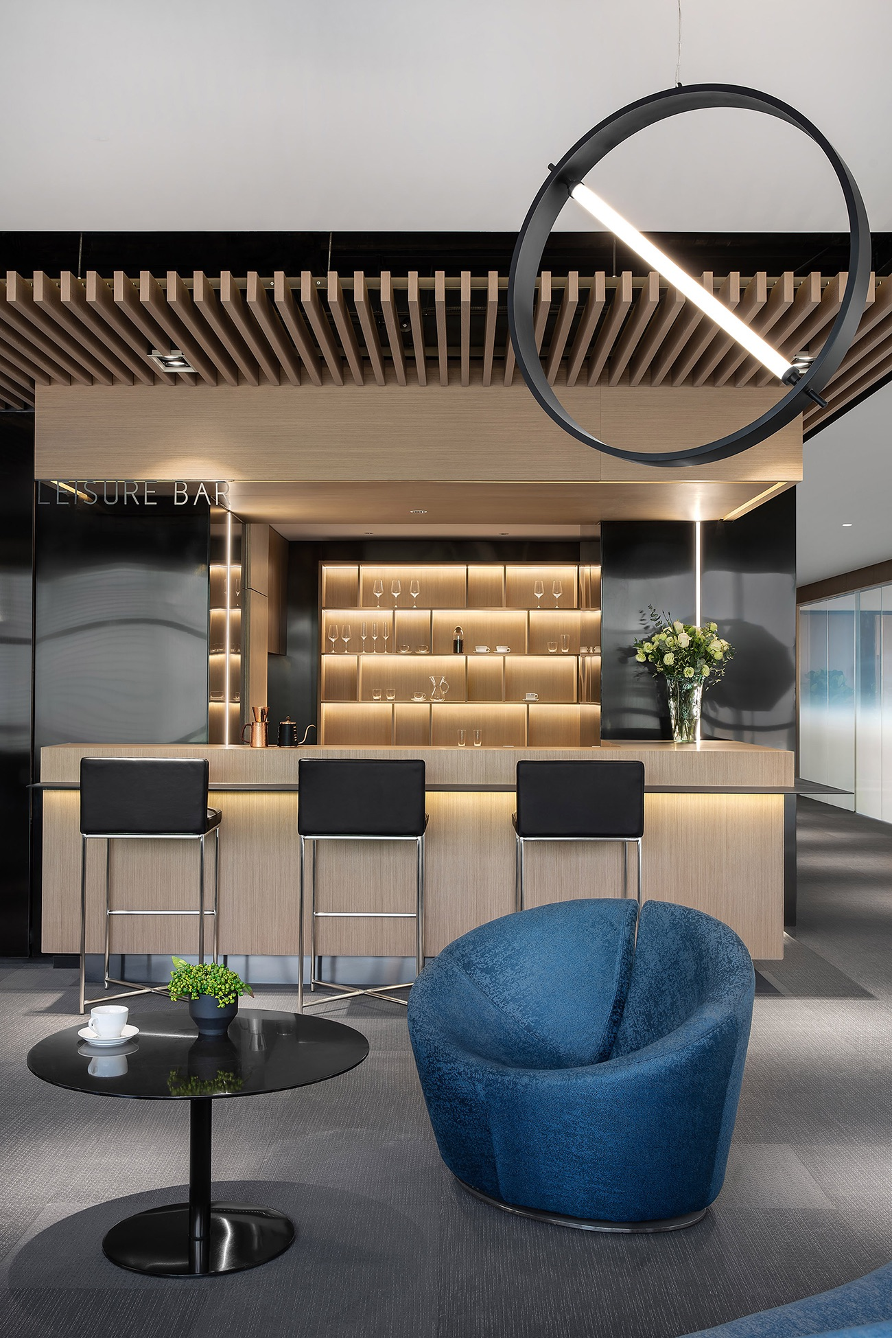 future-metropolitan-office-13