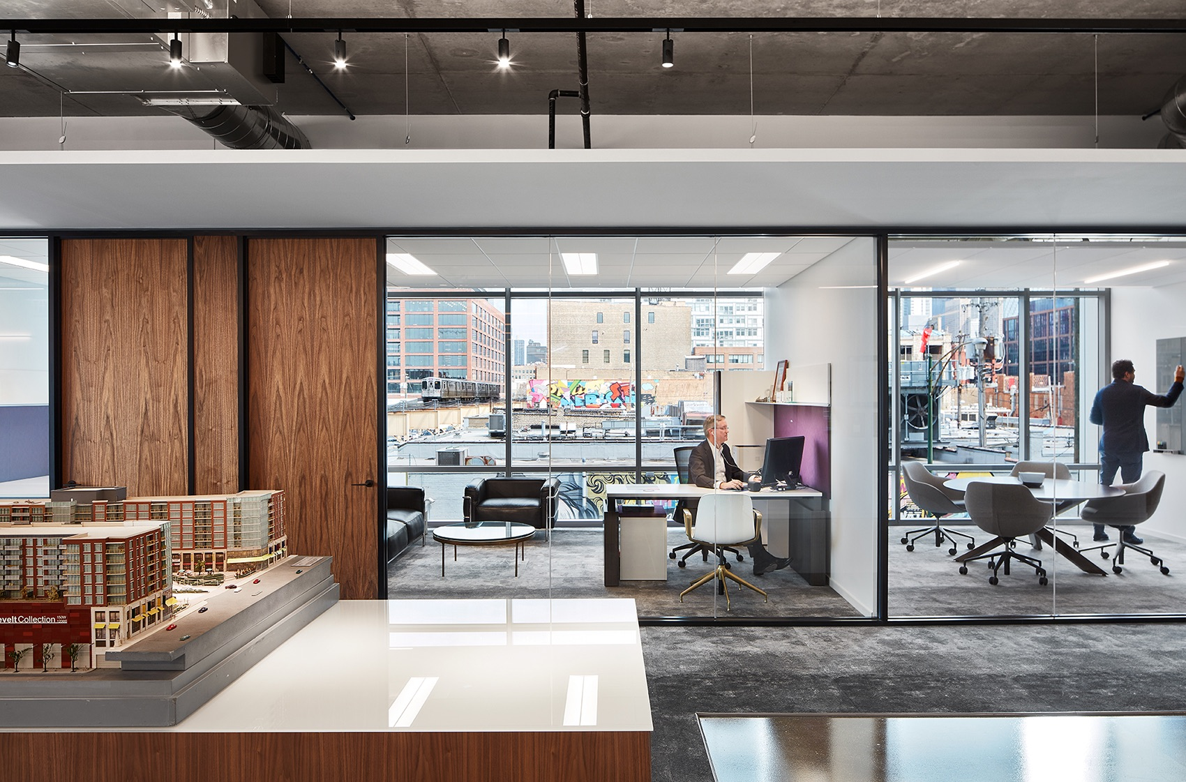 mccaffery-interests-office-chicago-13