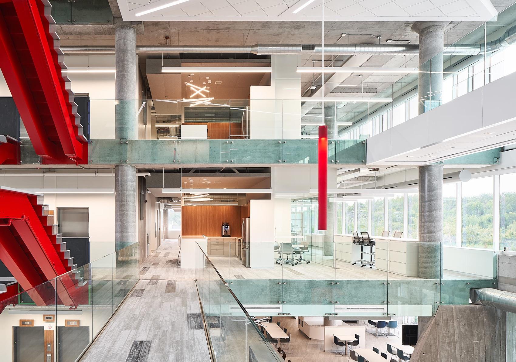 tomlison-ottawa-office-10