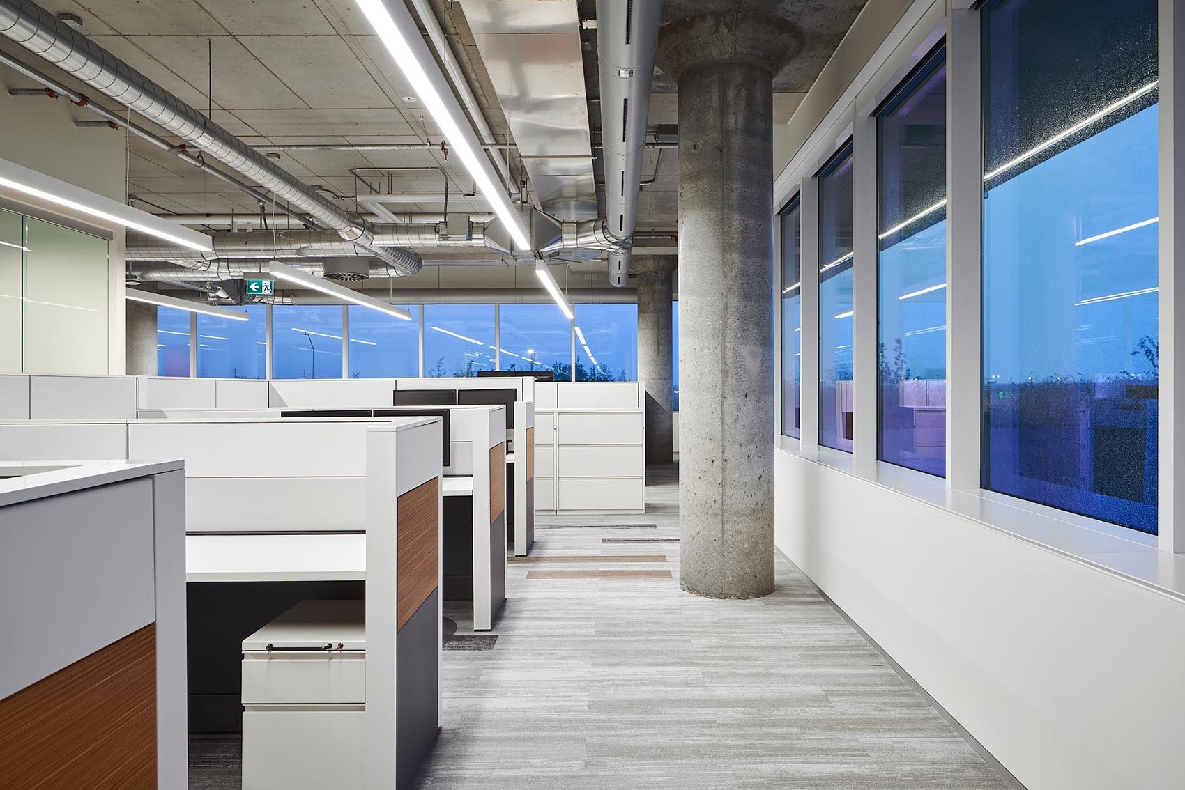 tomlison-ottawa-office-11