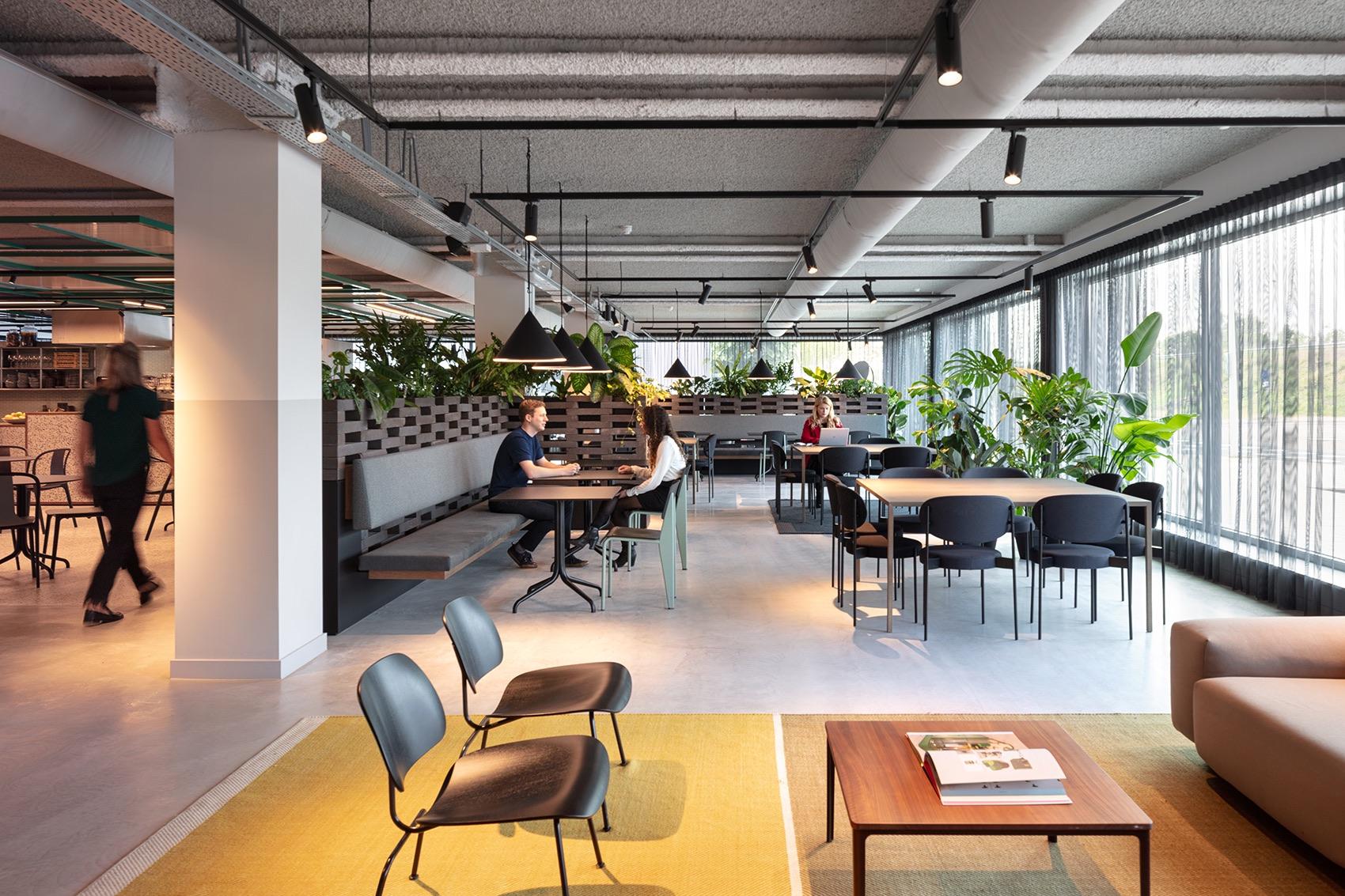 cbre-amsterdam-office-12