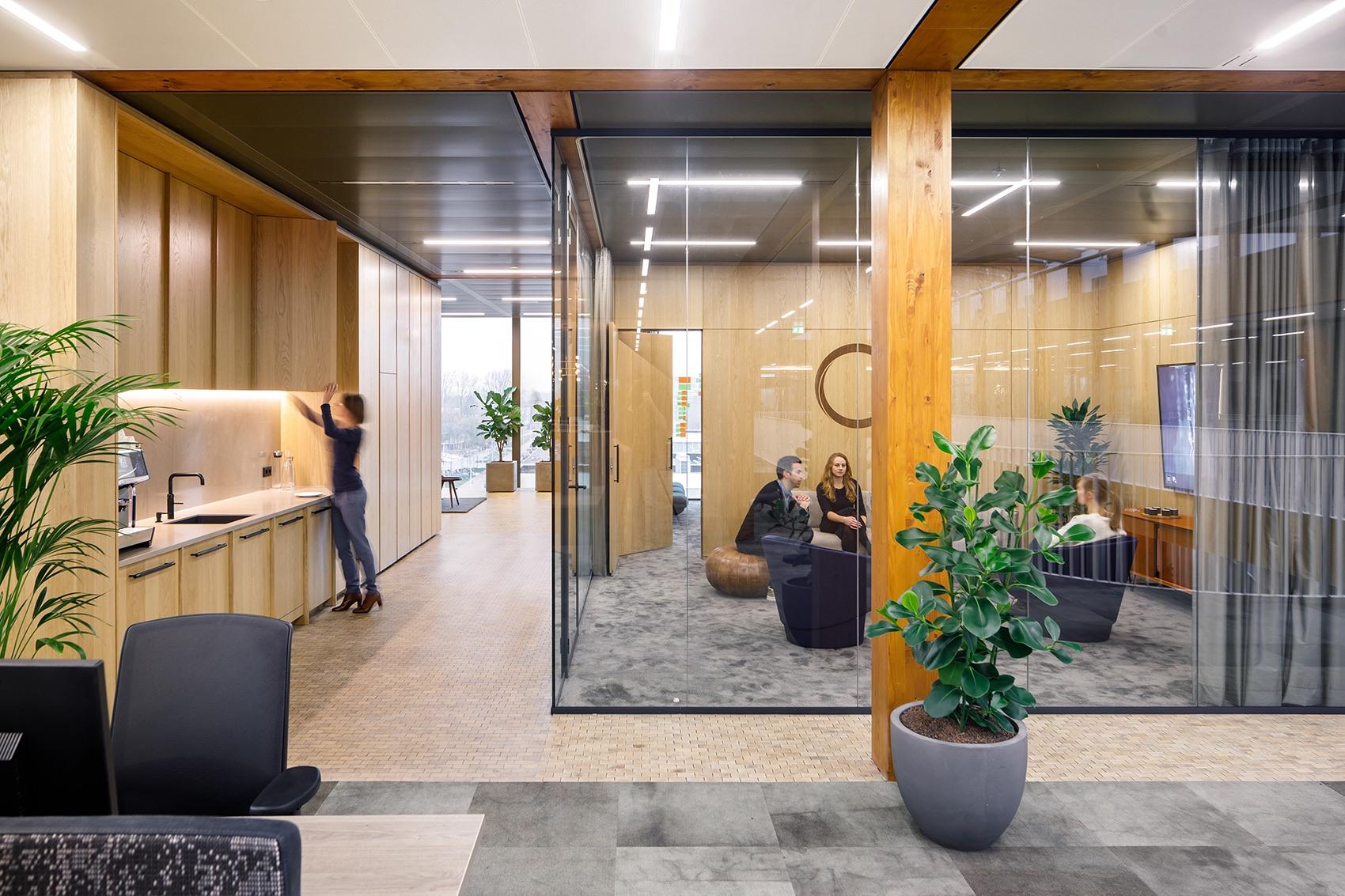A Tour of EDGE Technologies' Modern Amsterdam HQ