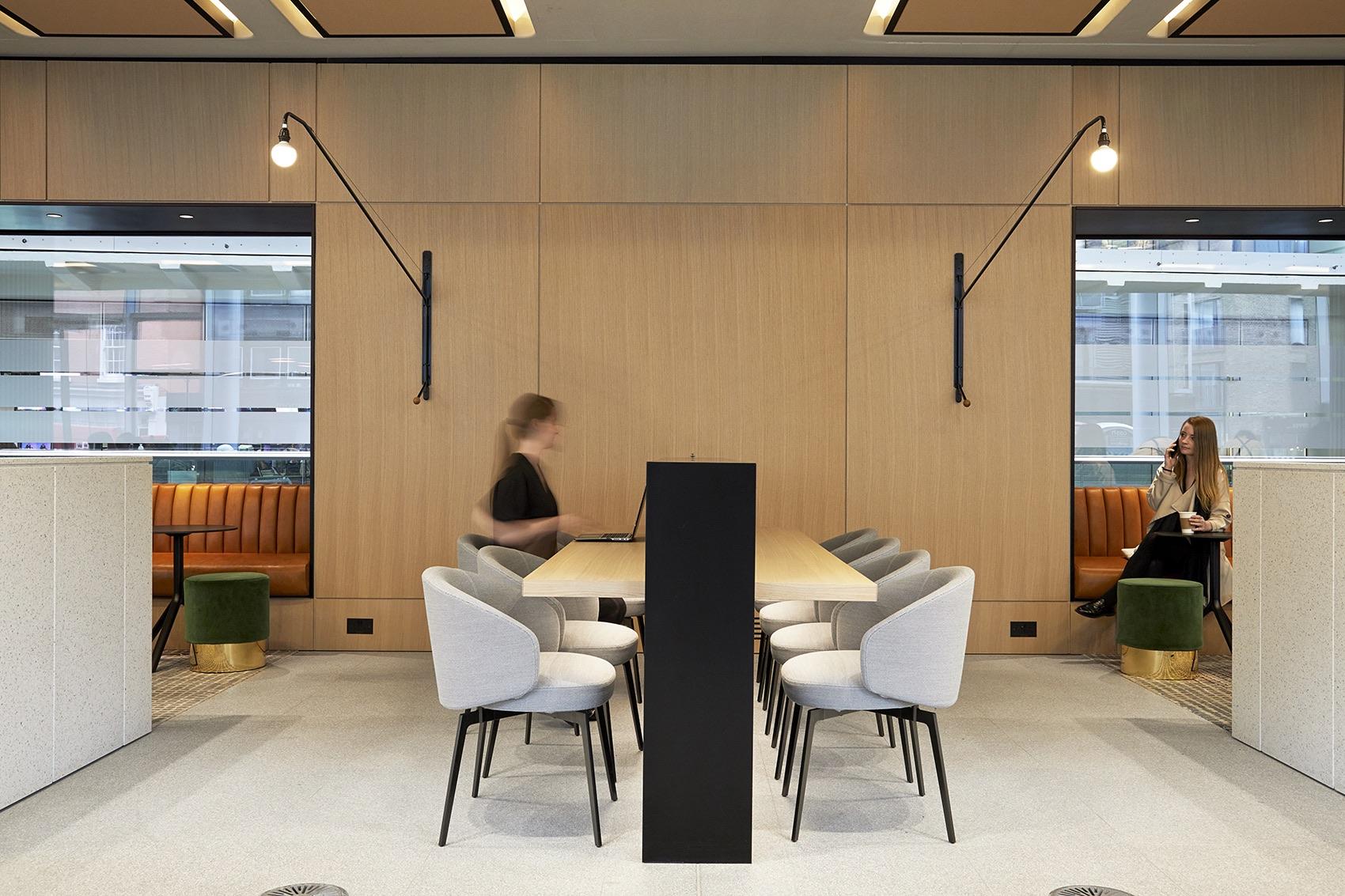 gray-inn-road-office-16