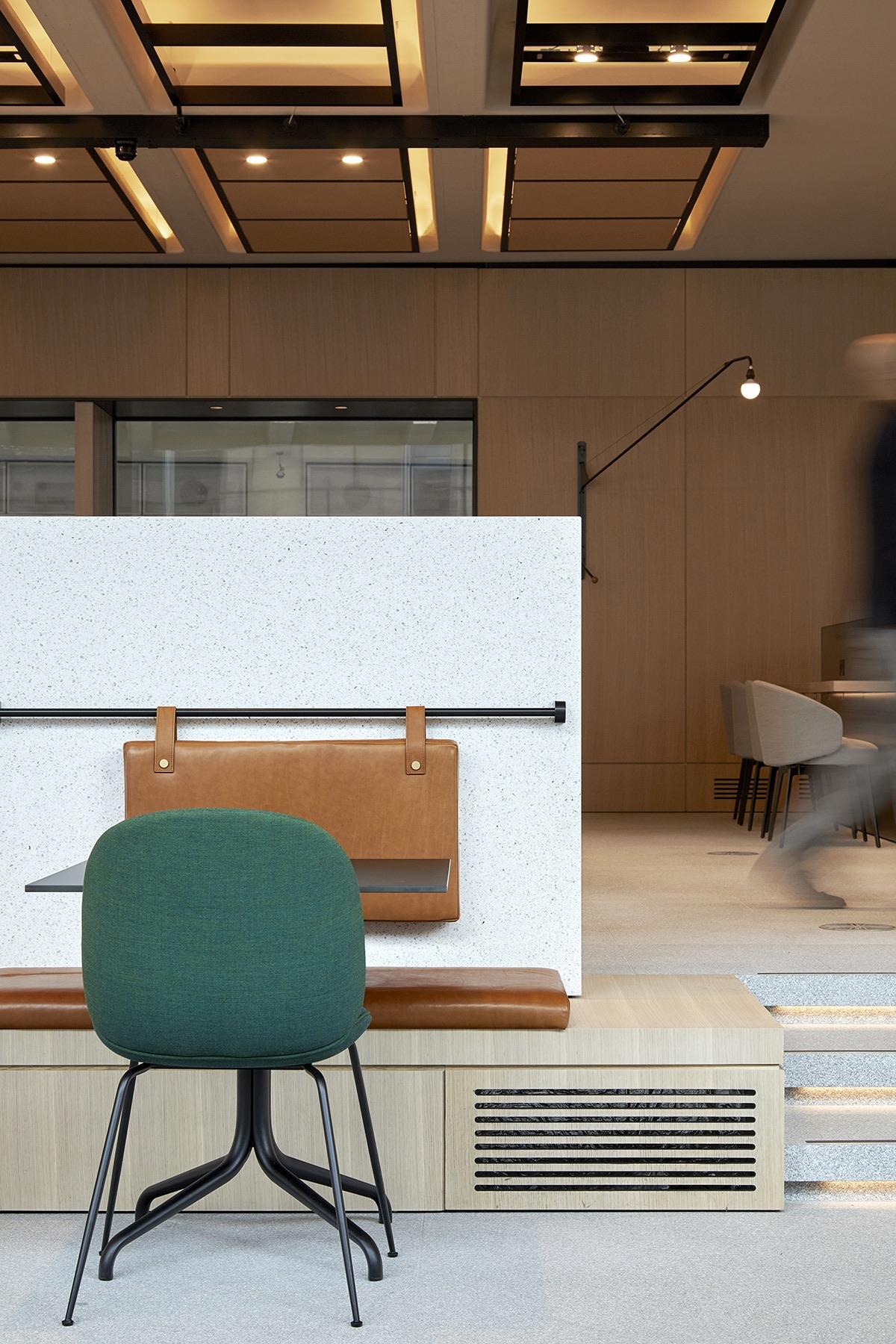 gray-inn-road-office-2