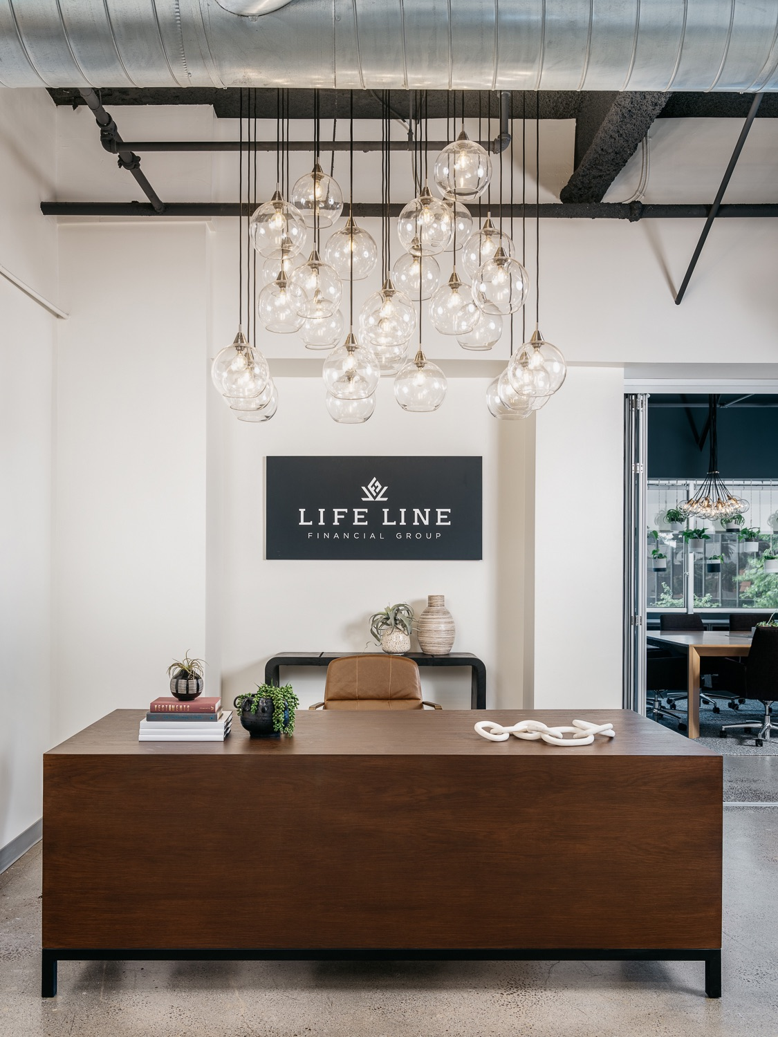 life-line-insurance-group-los-angeles-office-3