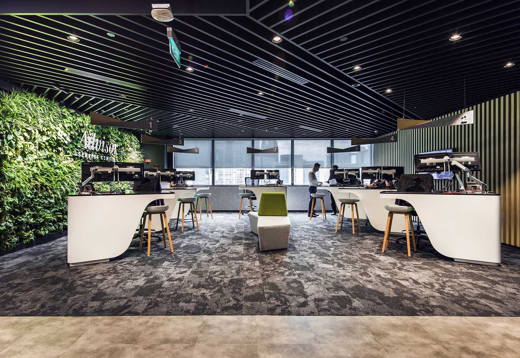 manulife-singapore-office-12