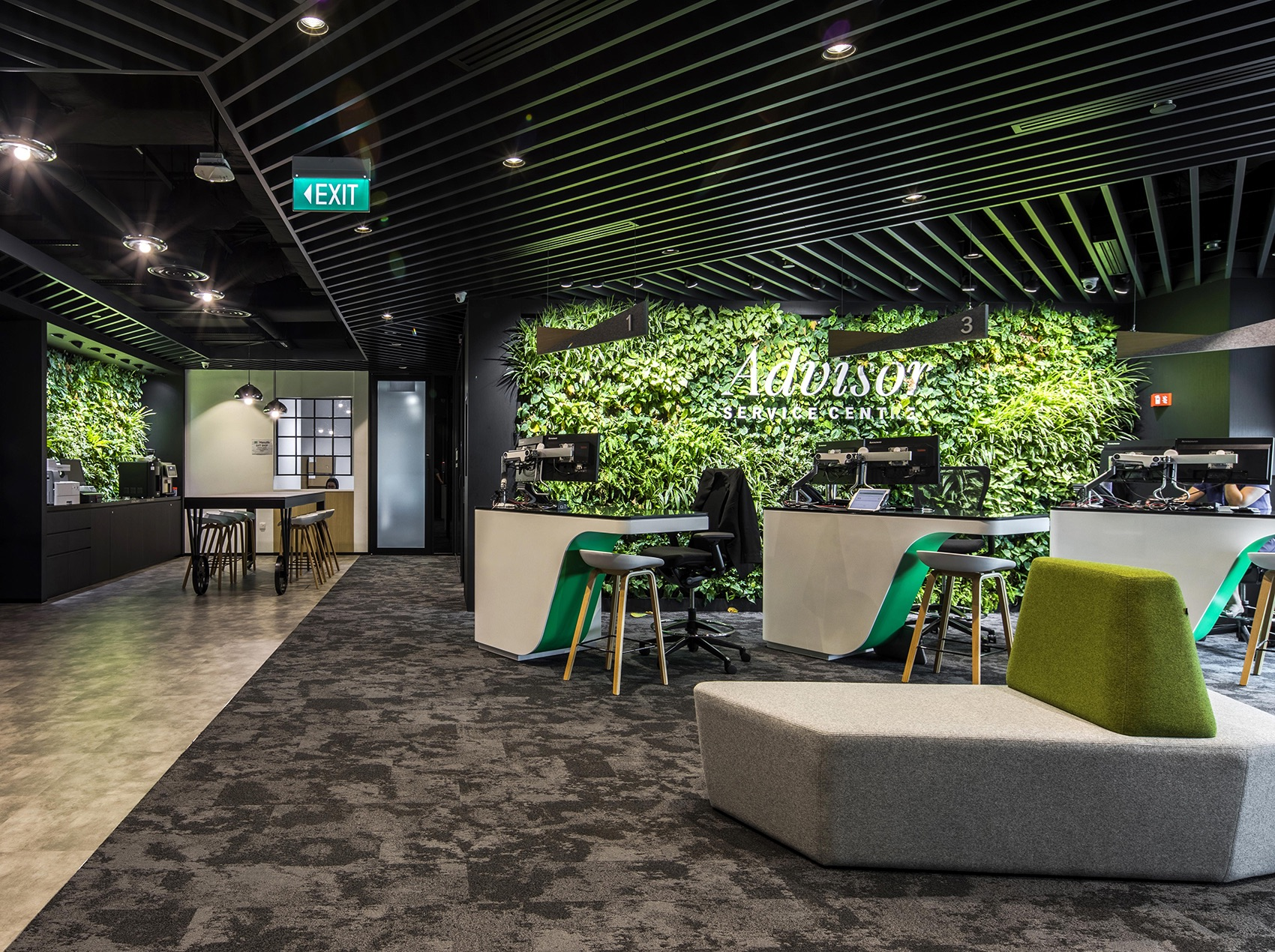 manulife-singapore-office-13