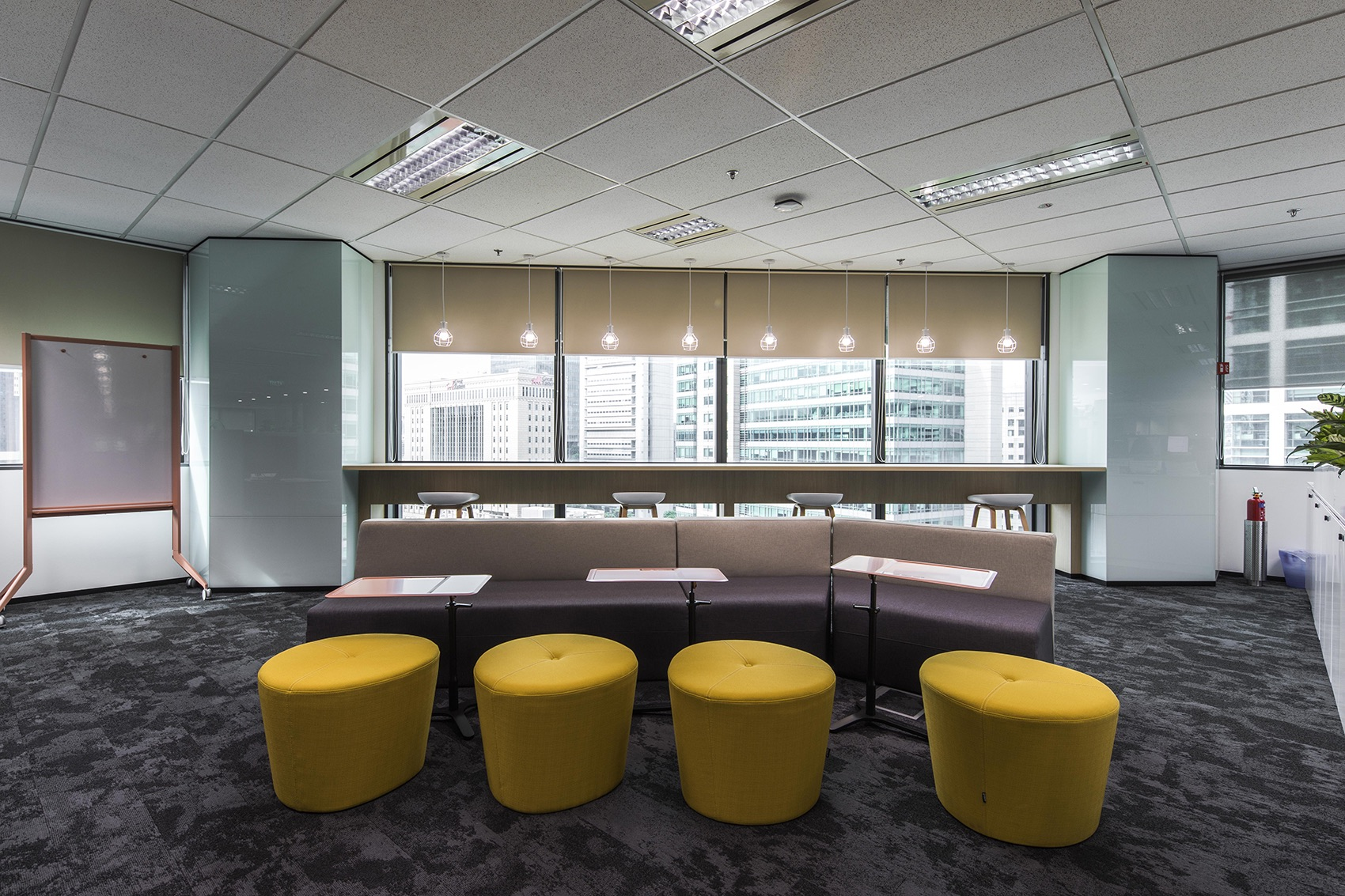 manulife-singapore-office-14