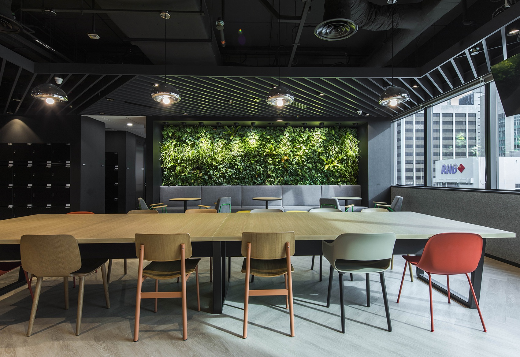 manulife-singapore-office-15