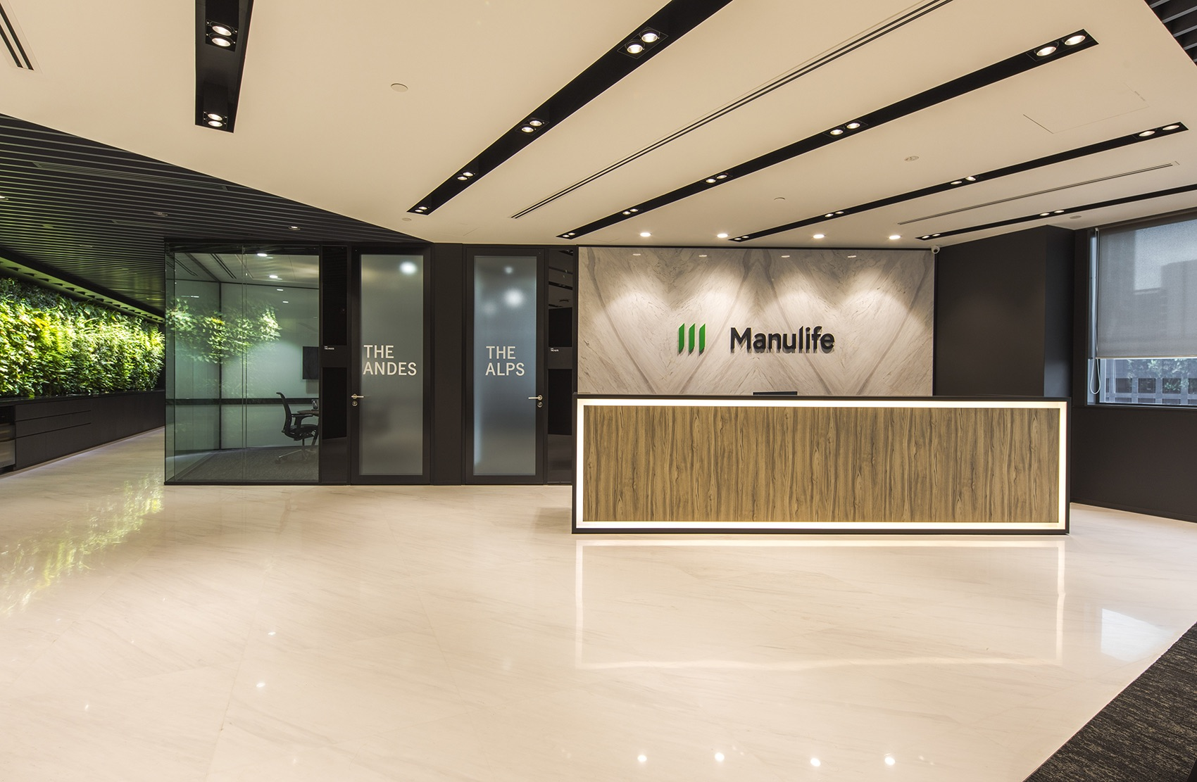 manulife-singapore-office-3