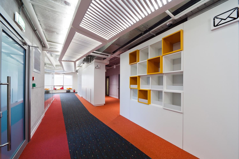 alfa-bank-office-4
