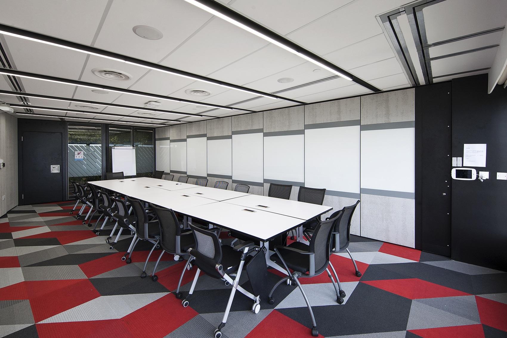 axa-singapore-office-12