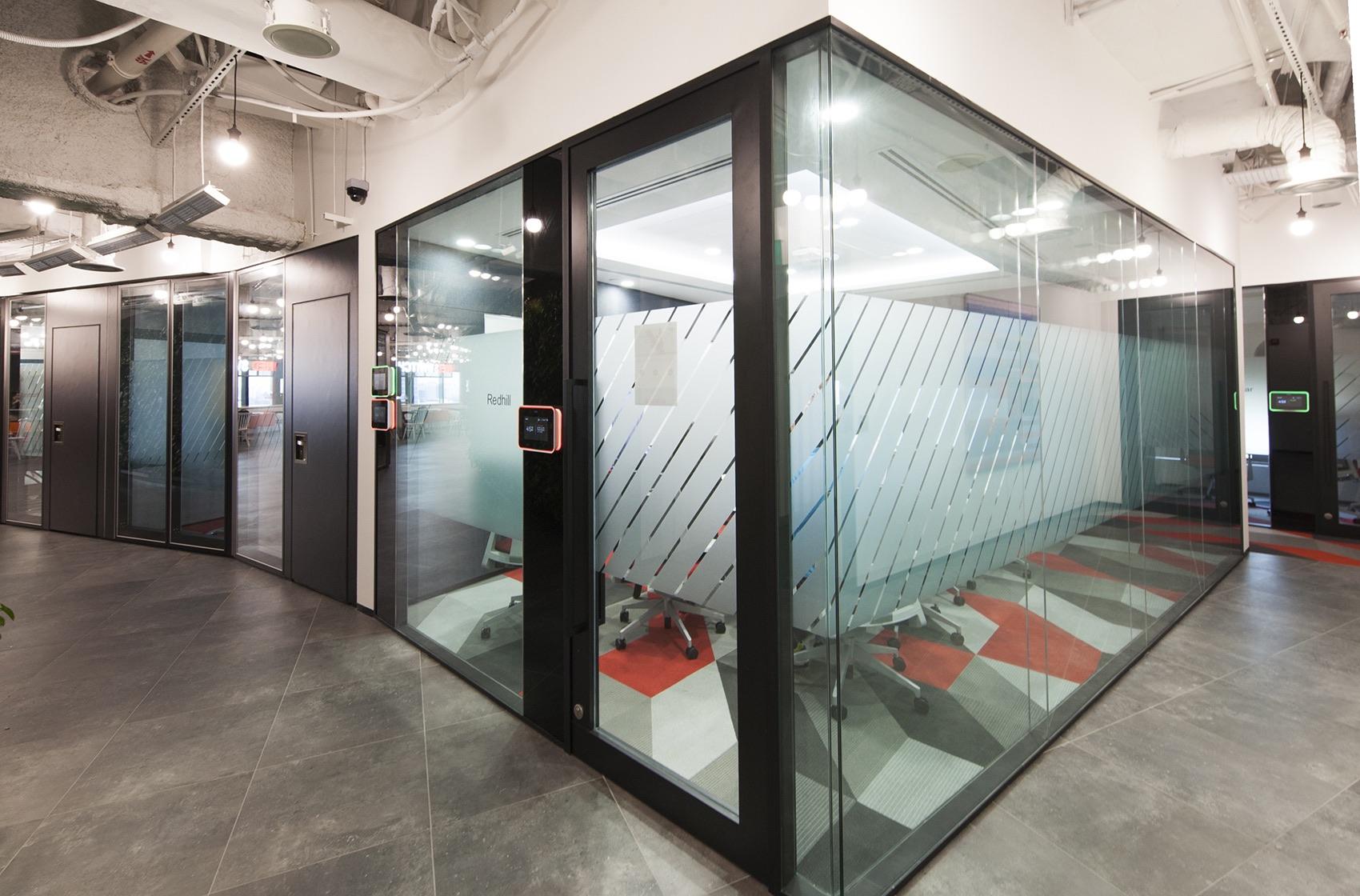 axa-singapore-office-17