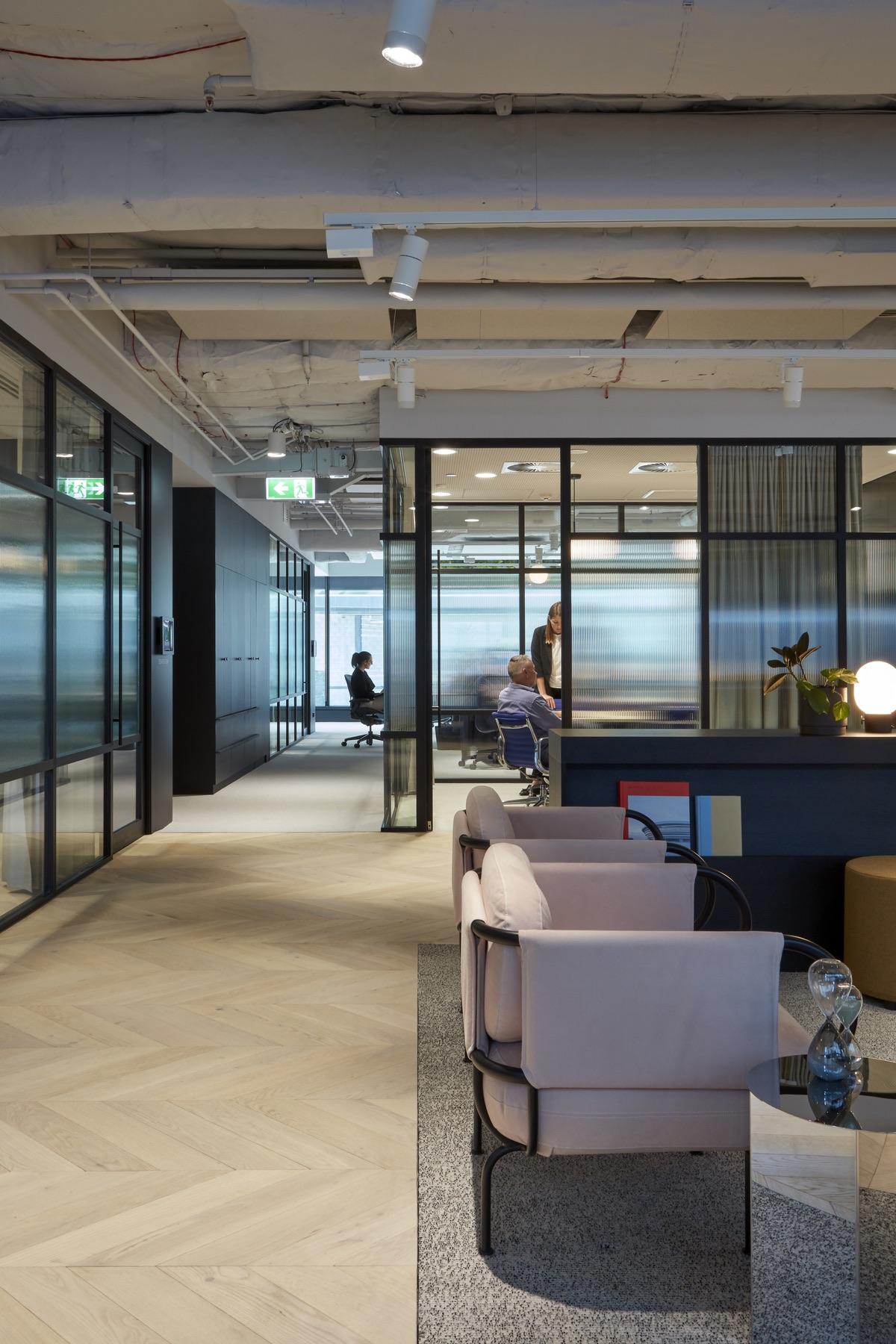 charter-hall-brisbane-office-1