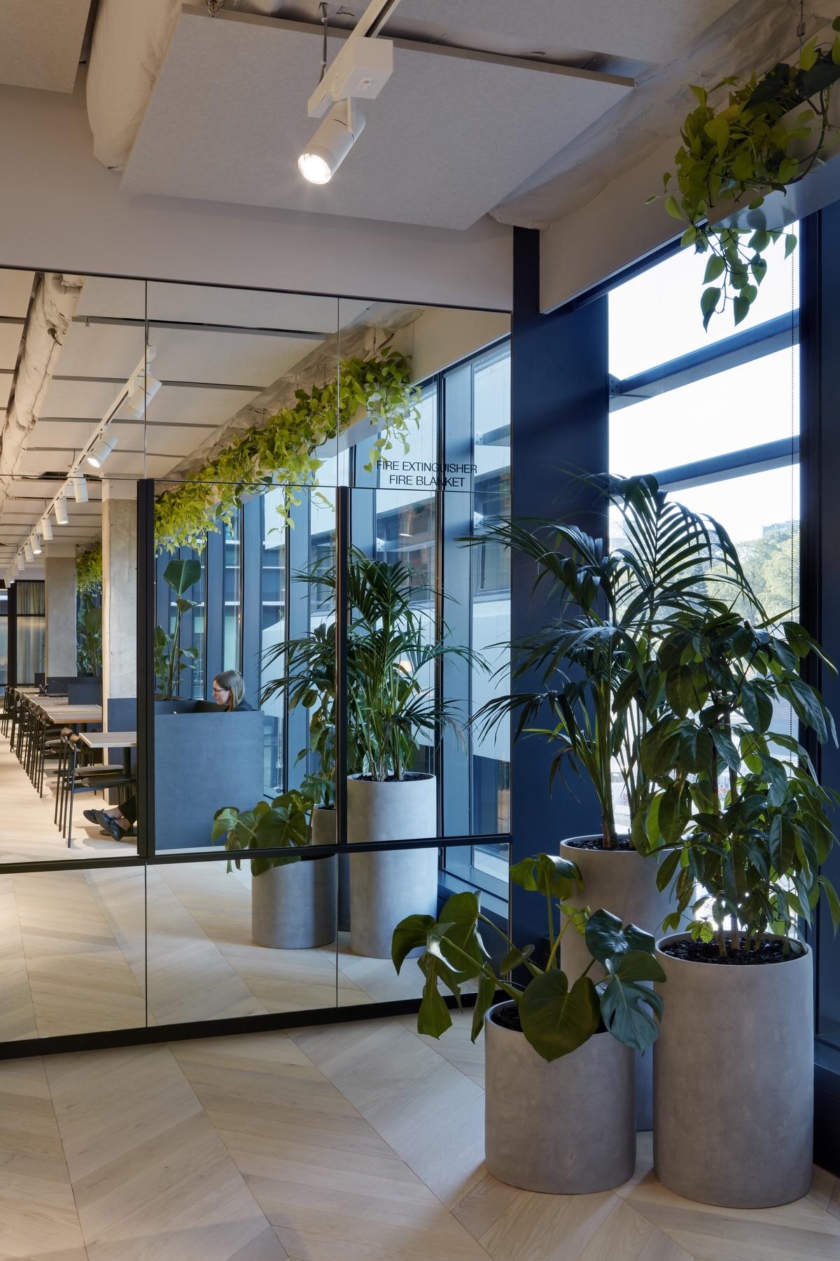 charter-hall-brisbane-office-10