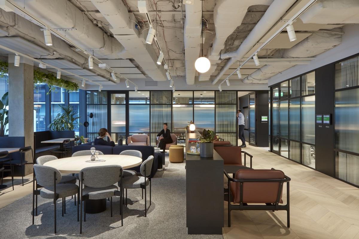 charter-hall-brisbane-office-7