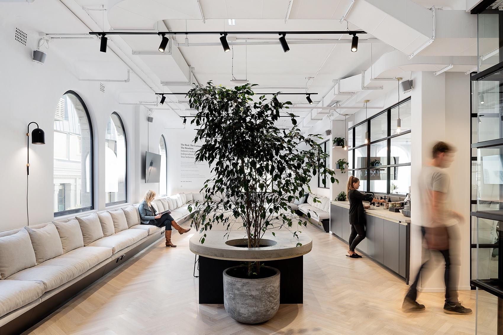 maximus-melbourne-office-4