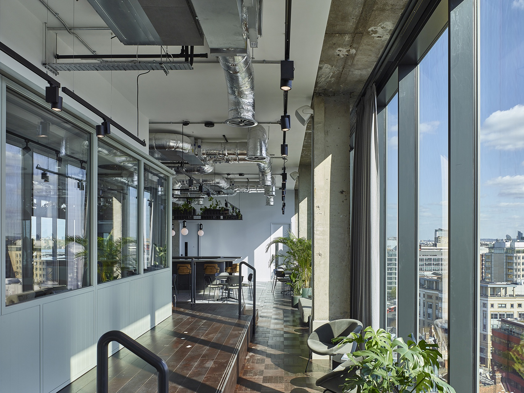 lyric-square-office-london-16