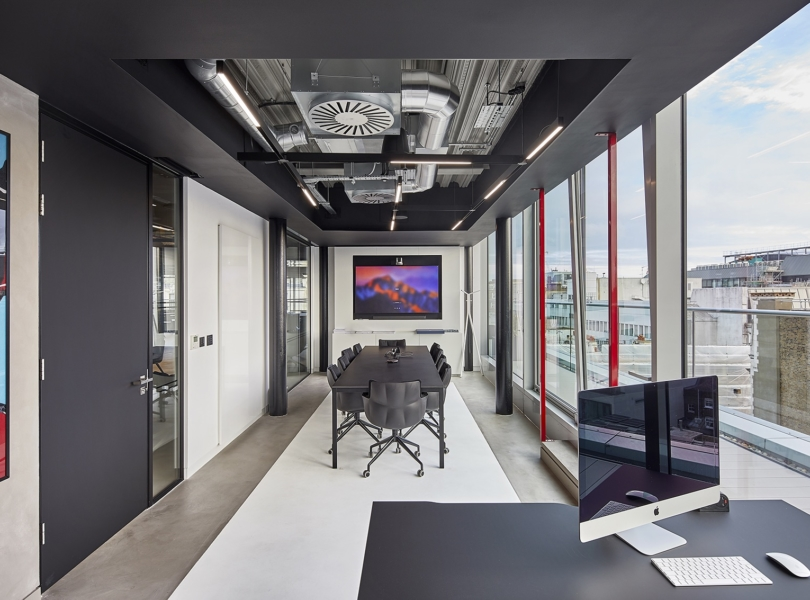 sports-direct-london-office-2
