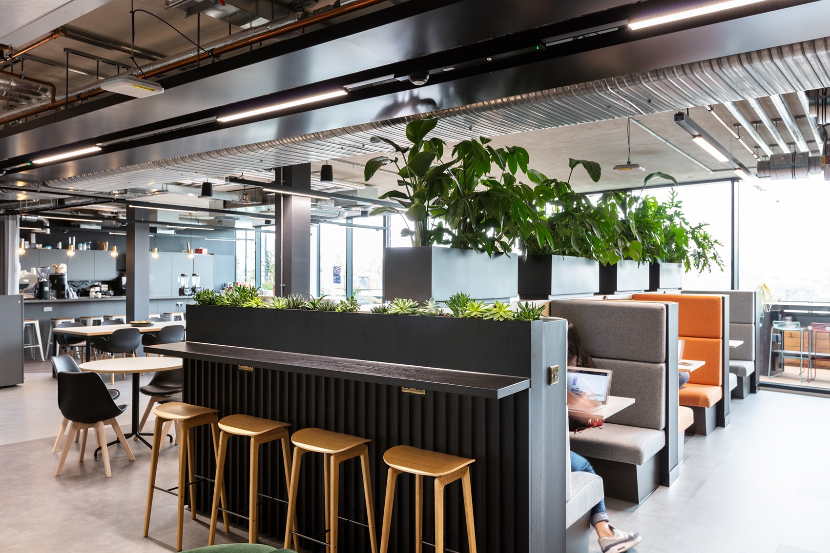 elements-talent-solutions-london-office-4