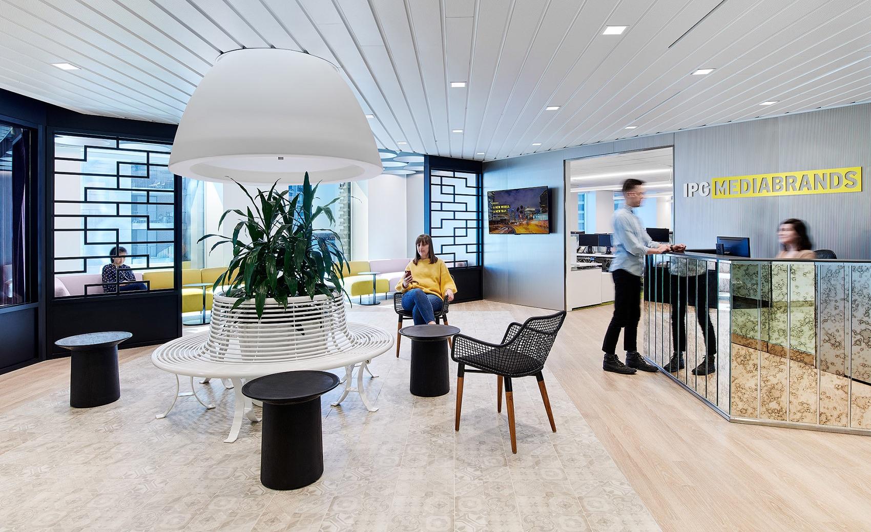 mediabrands-toronto-office-1