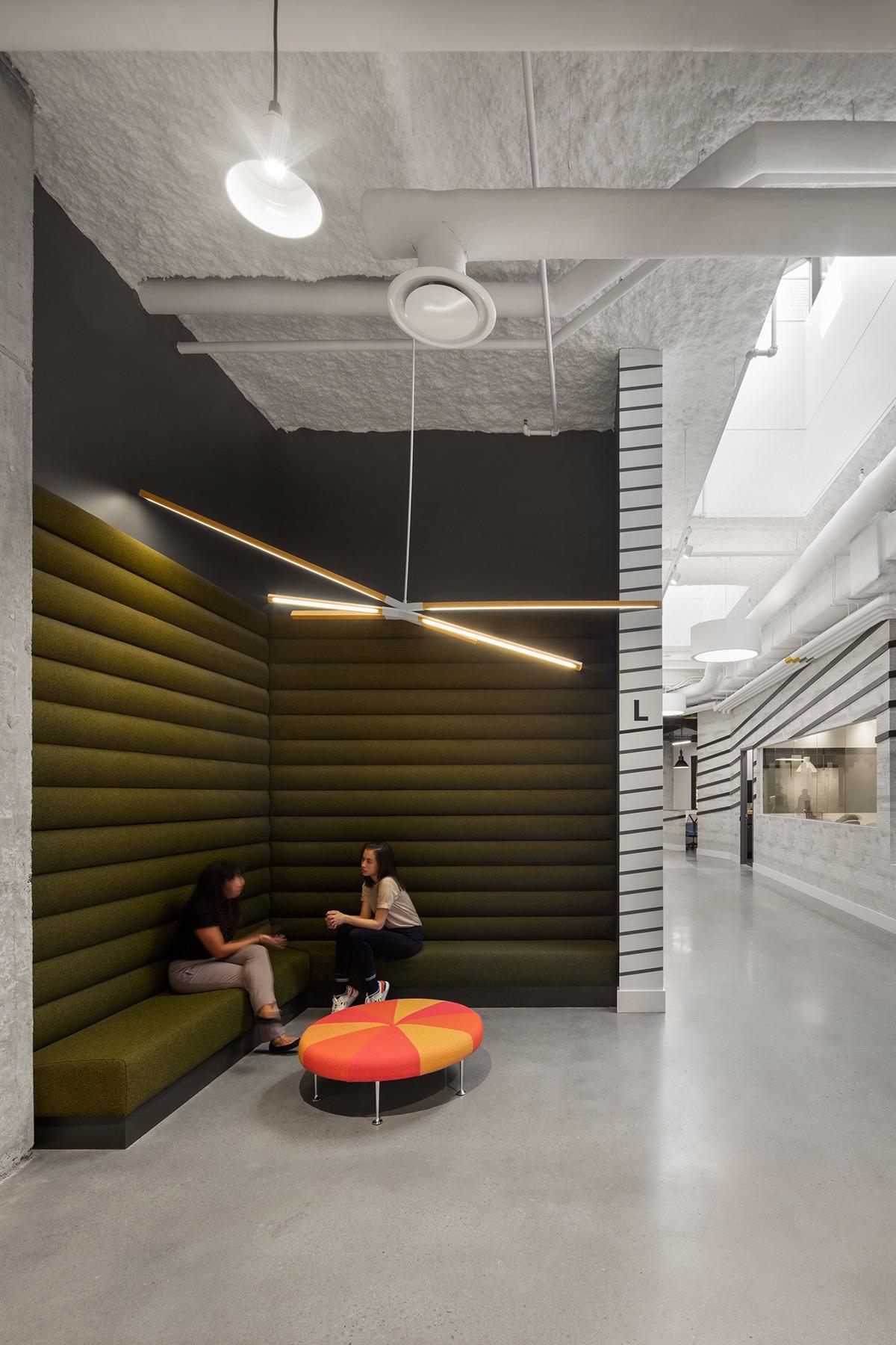 quadrangle-office-toronto-2