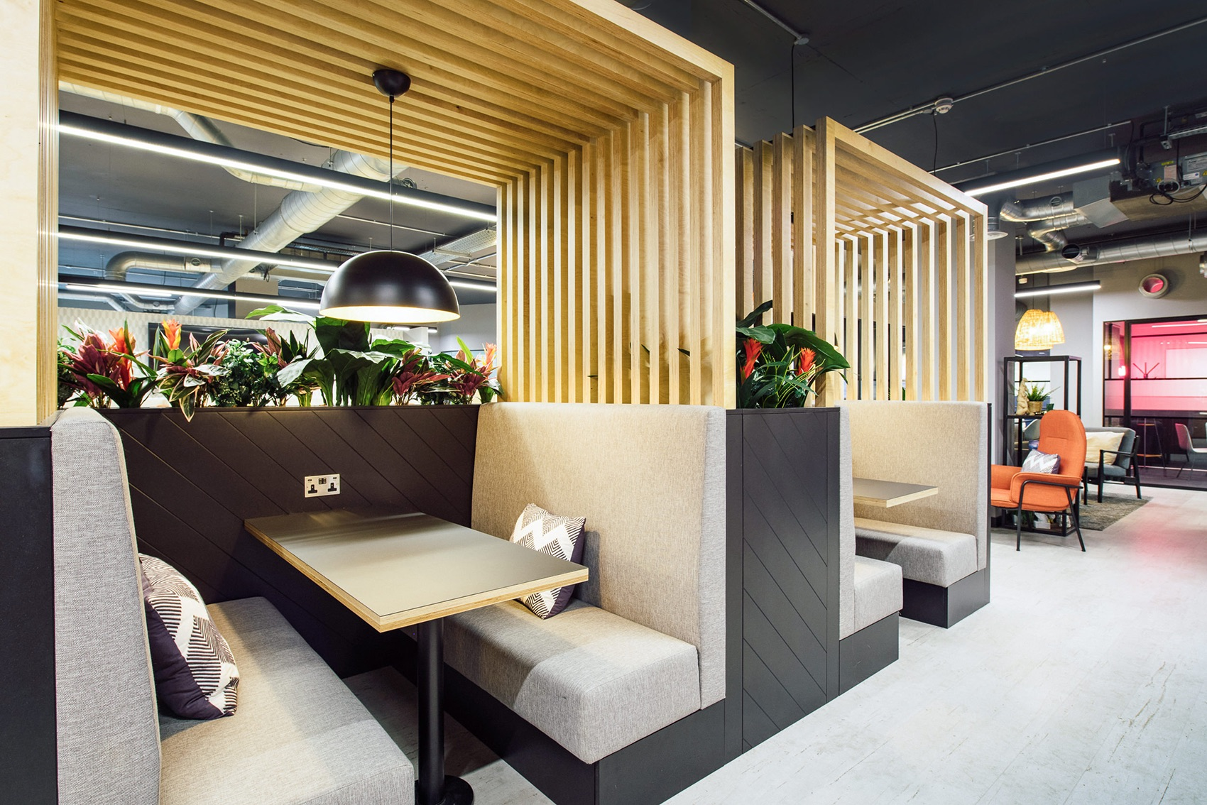 work-life-prague-coworking-space-london4