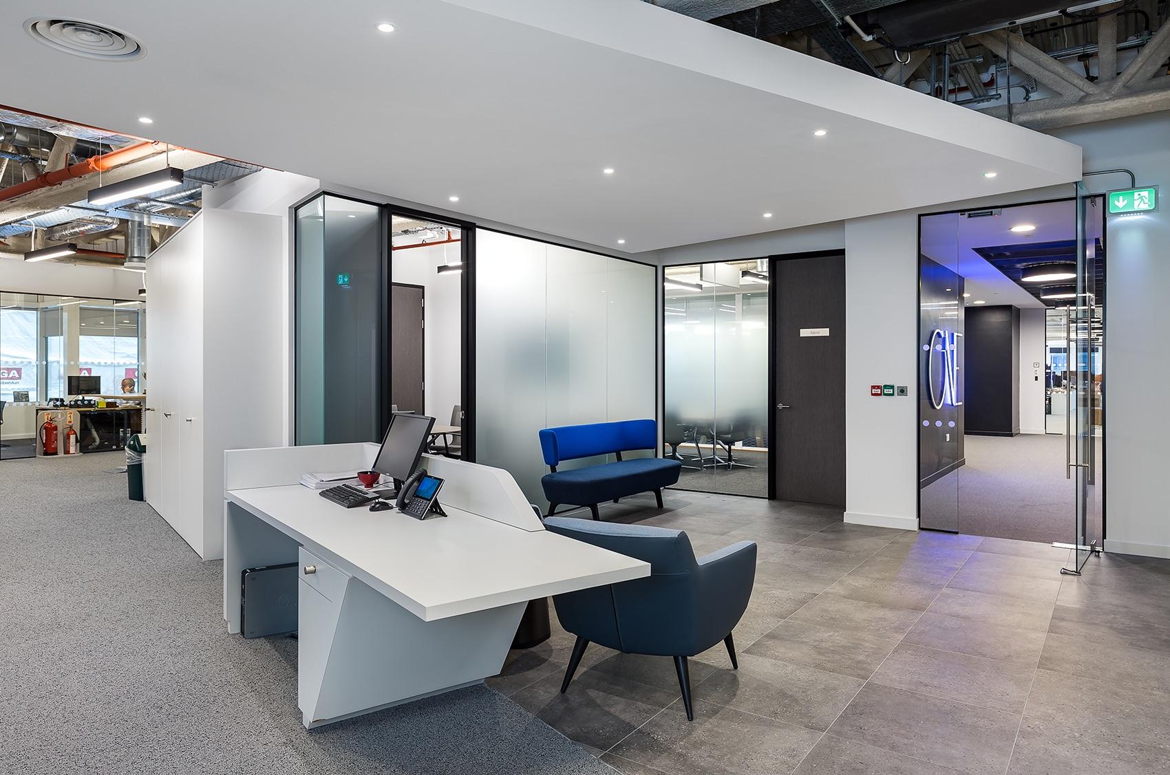 catalina-office-london-3