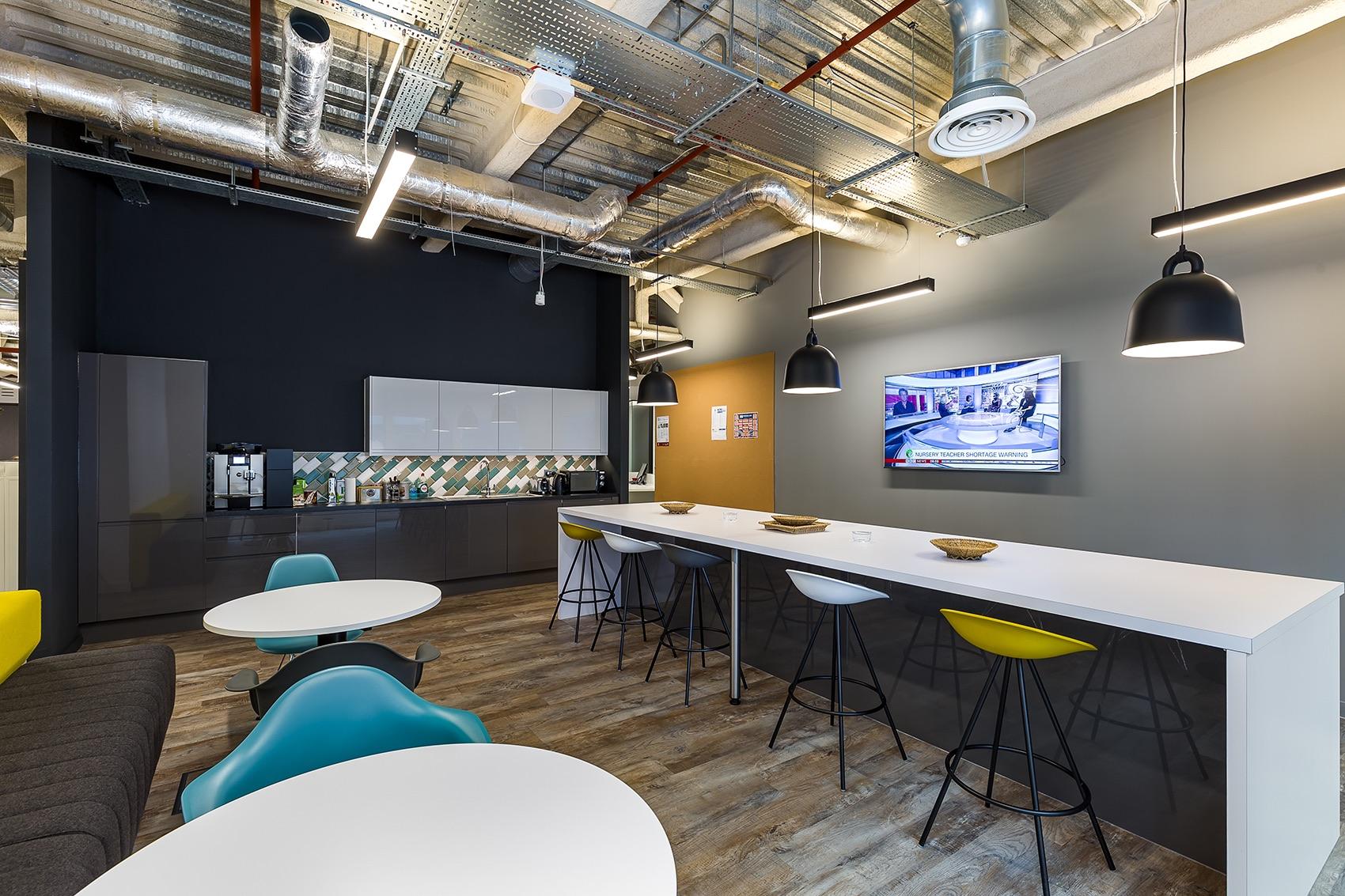 catalina-office-london-6