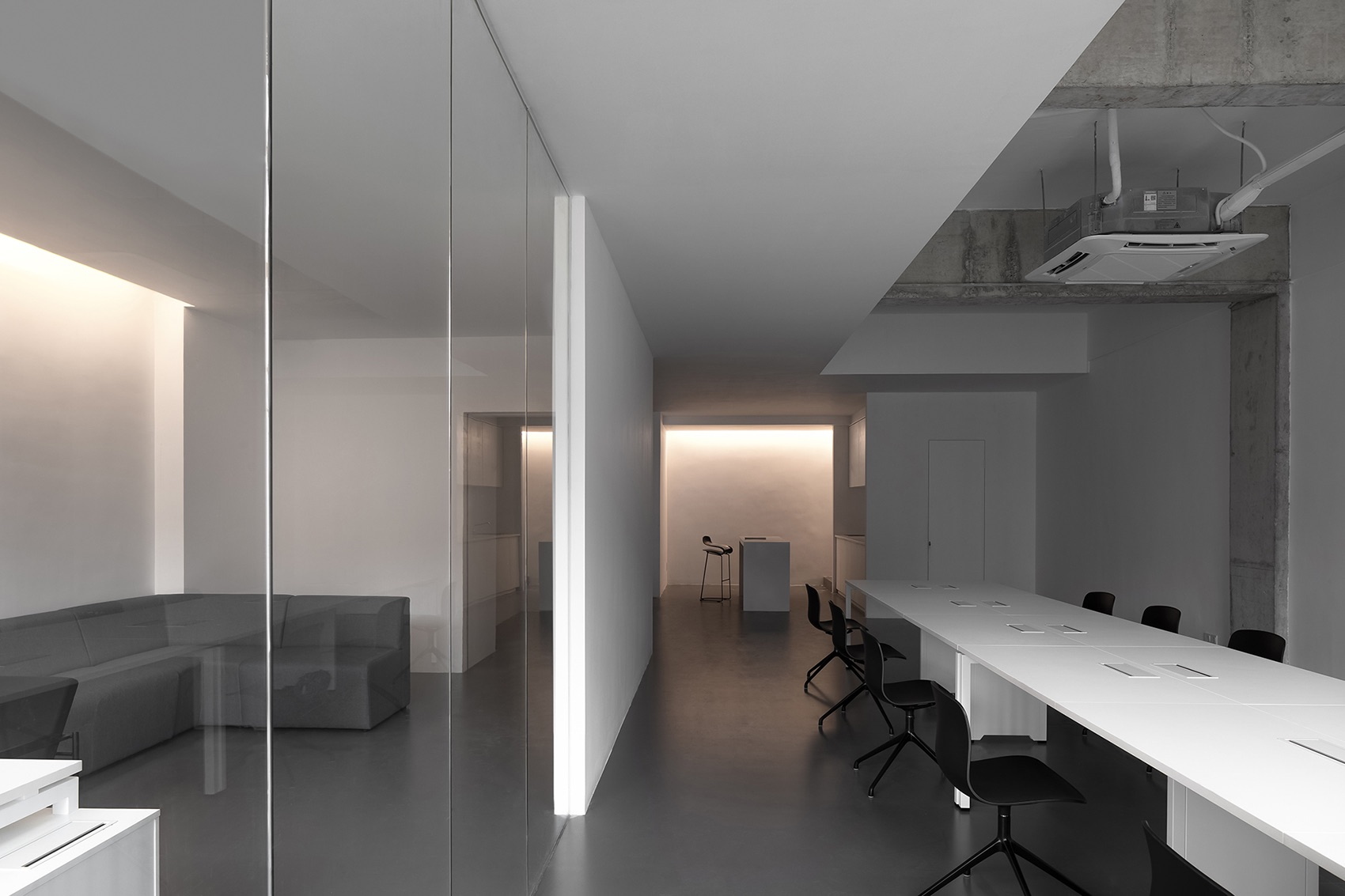 jyc-clothing-office-8