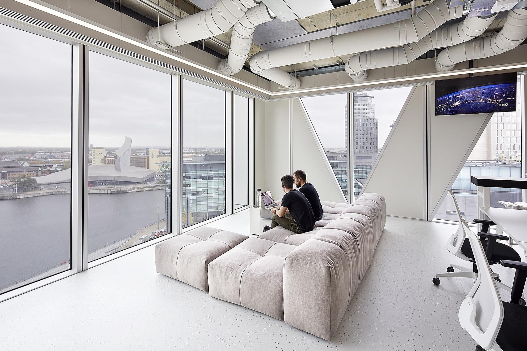 ingenuity-thg-office-5