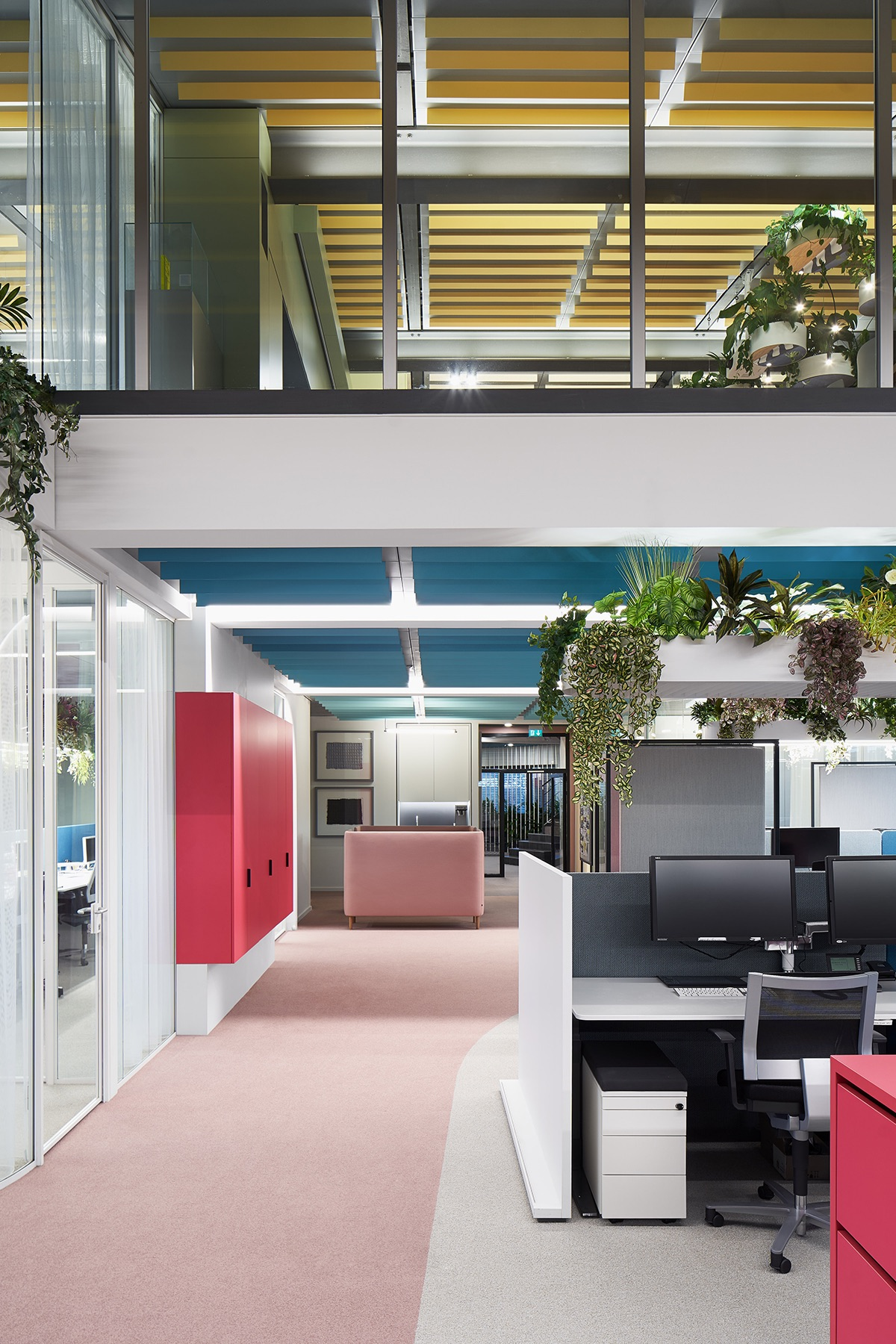 roman-klis-design-office-3