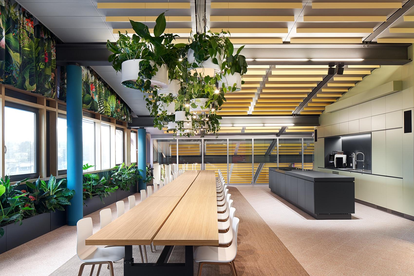 roman-klis-design-office-8