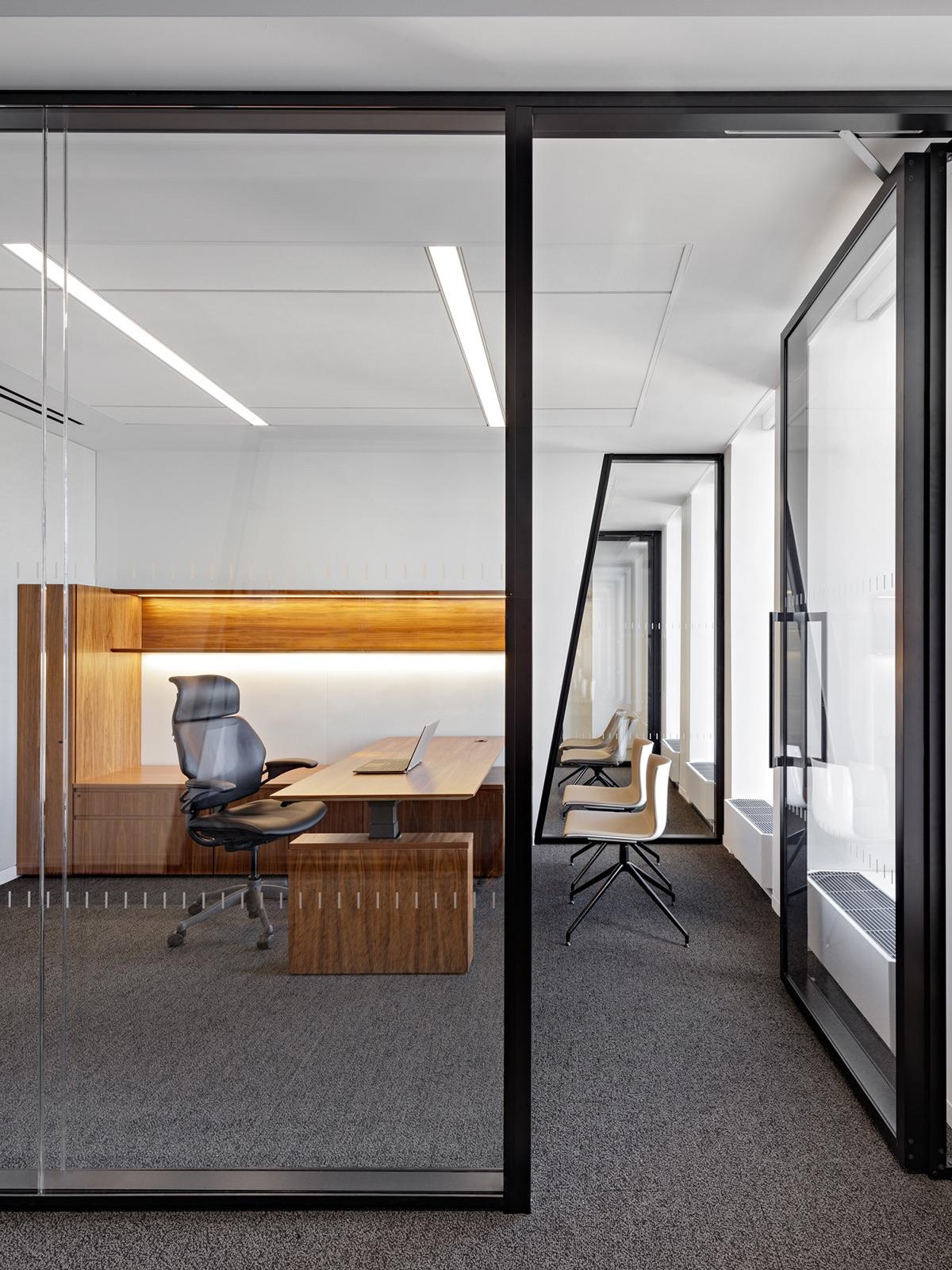 waterfall-asset-management-office-17