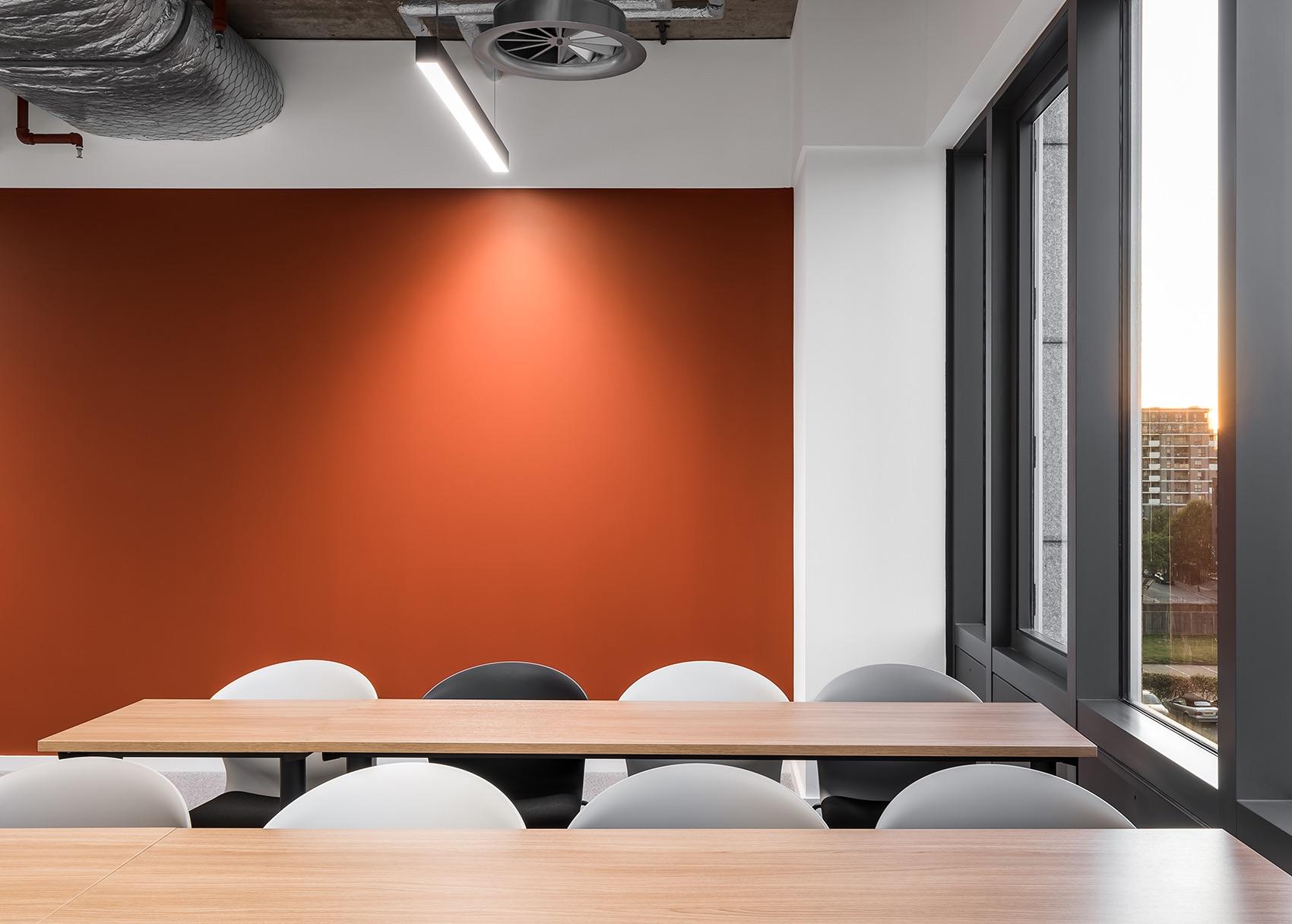 anglia-ruskin-university-office-london-13