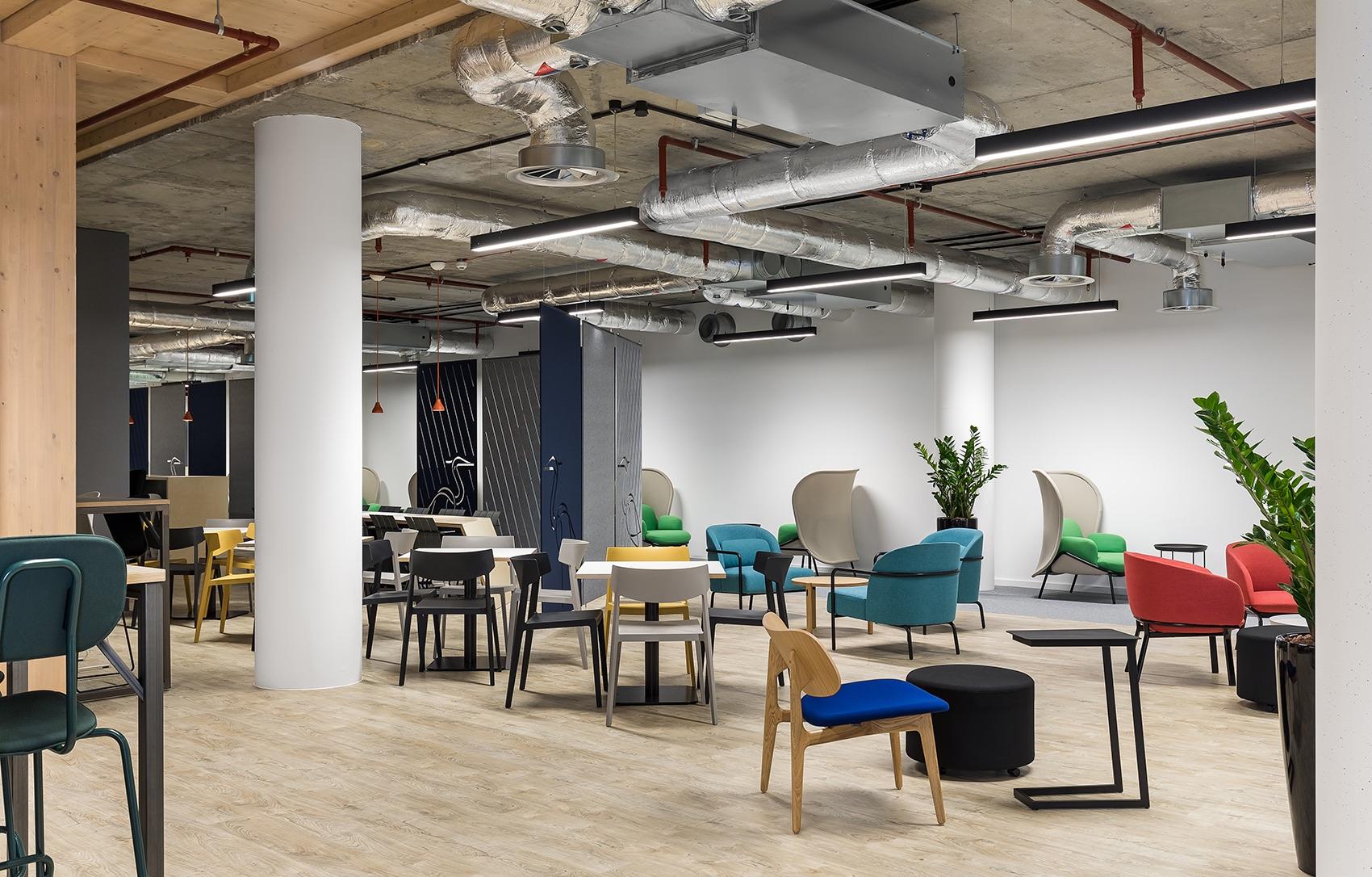 anglia-ruskin-university-office-london-18