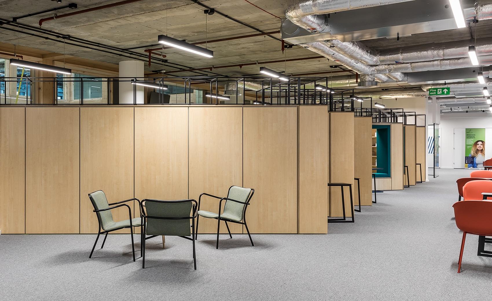 anglia-ruskin-university-office-london-4