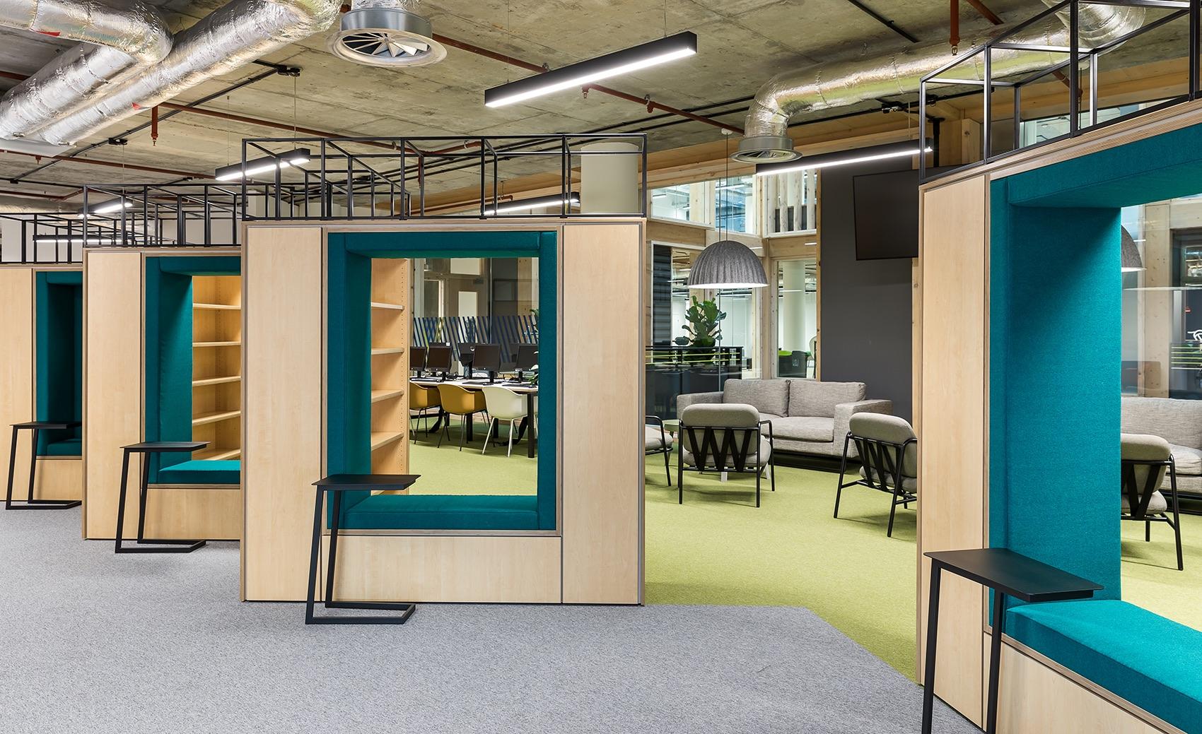 anglia-ruskin-university-office-london-5