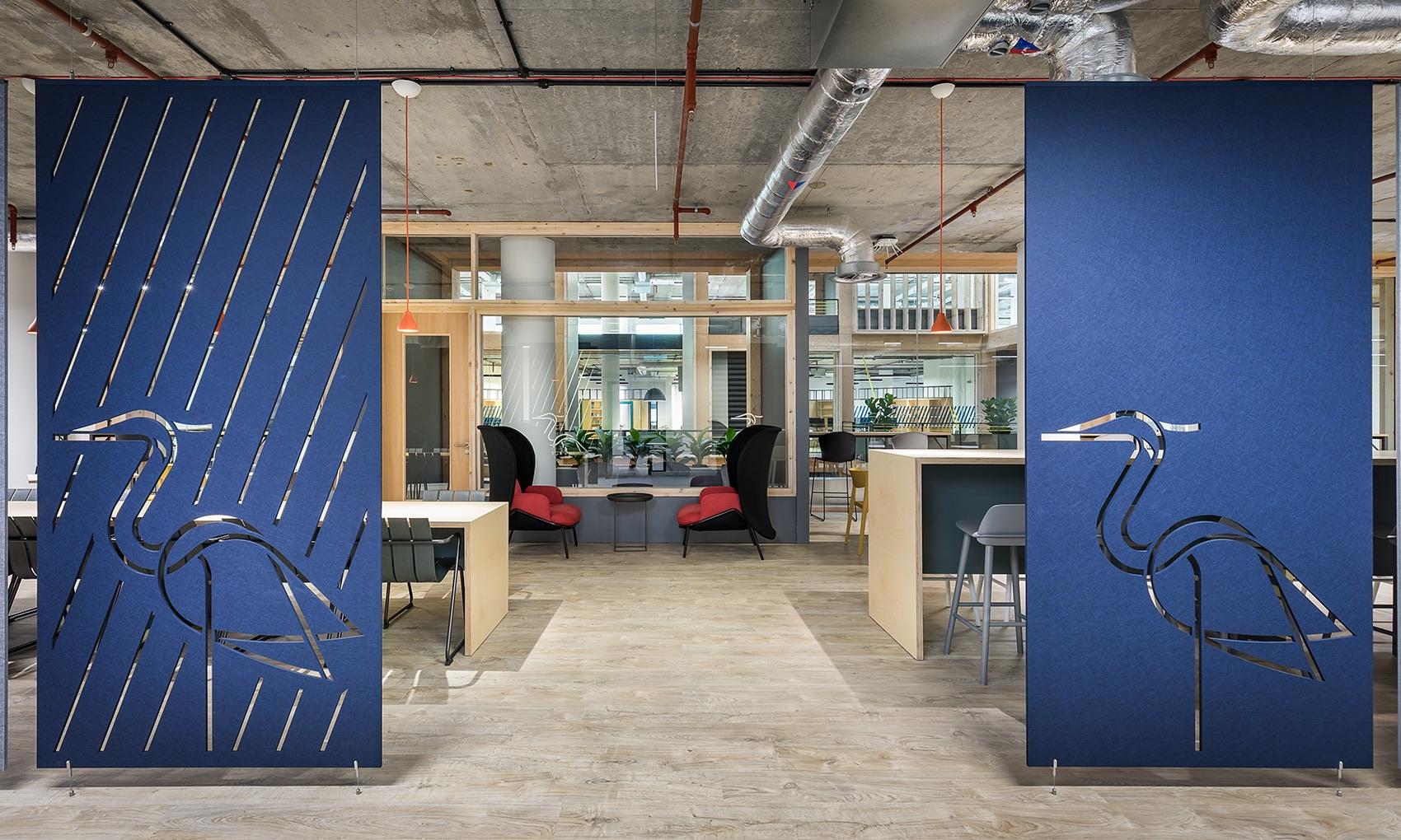 anglia-ruskin-university-office-london-8