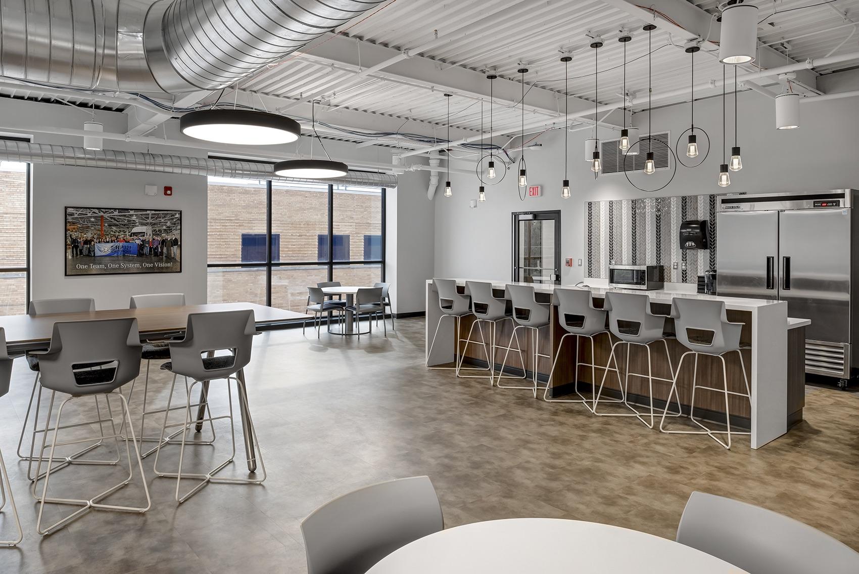 detroit-diesel-office-1