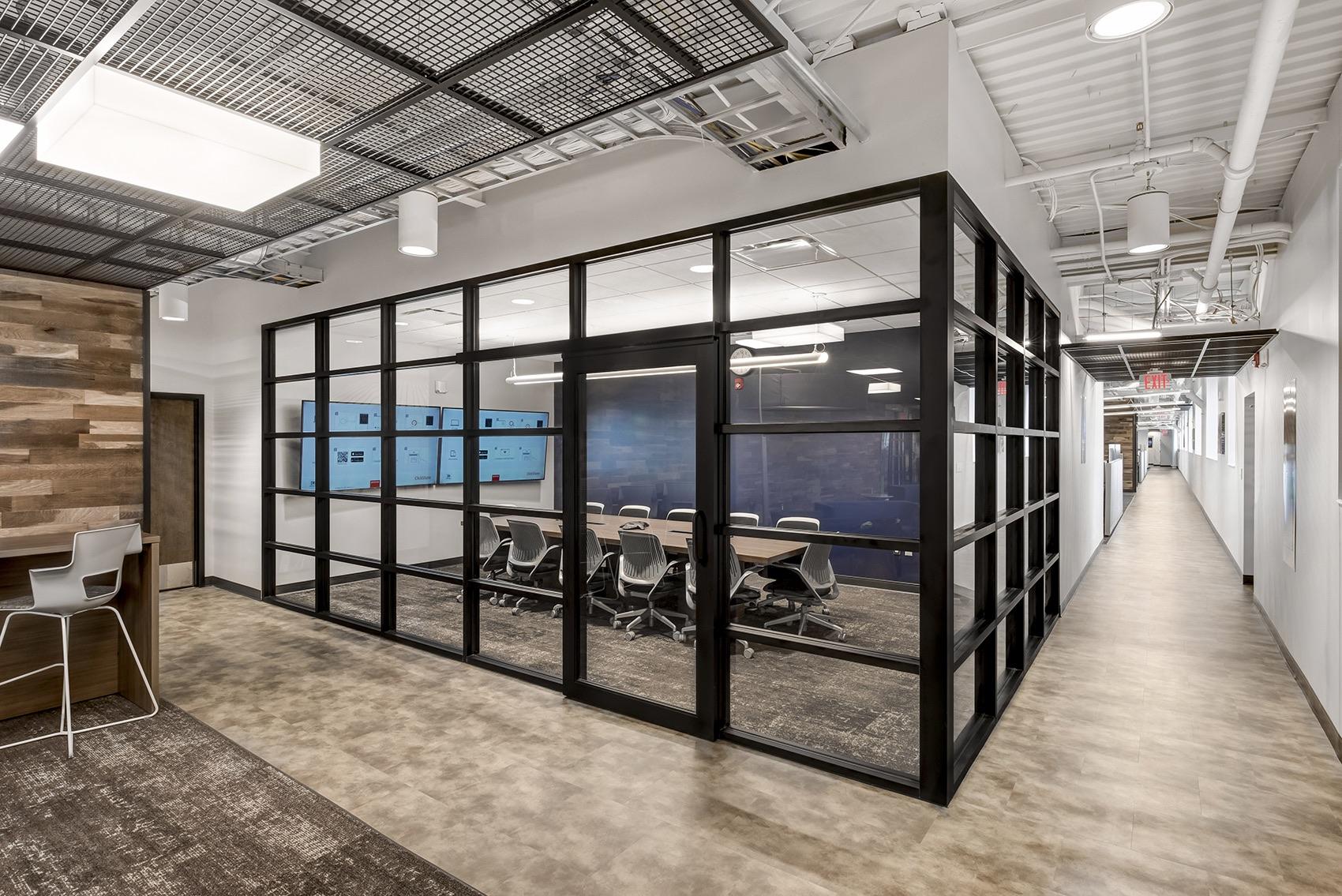 detroit-diesel-office-4
