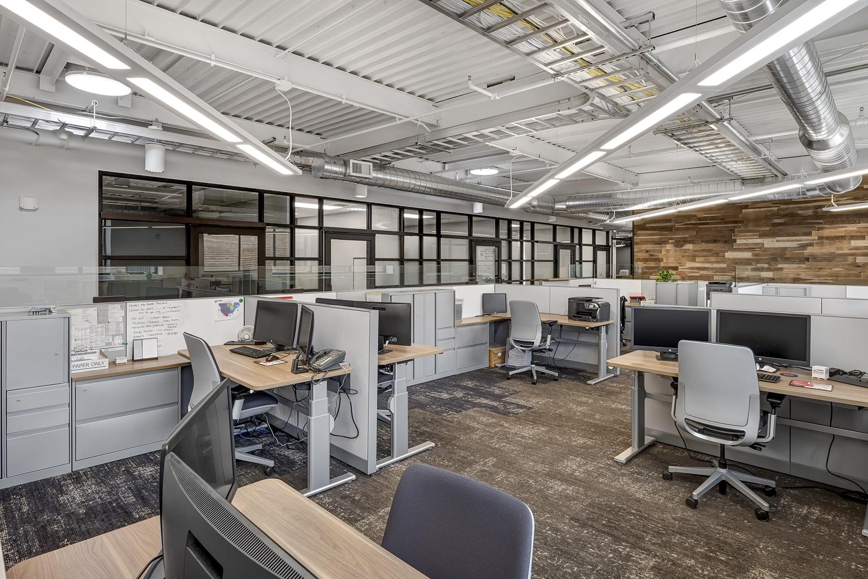 detroit-diesel-office-6