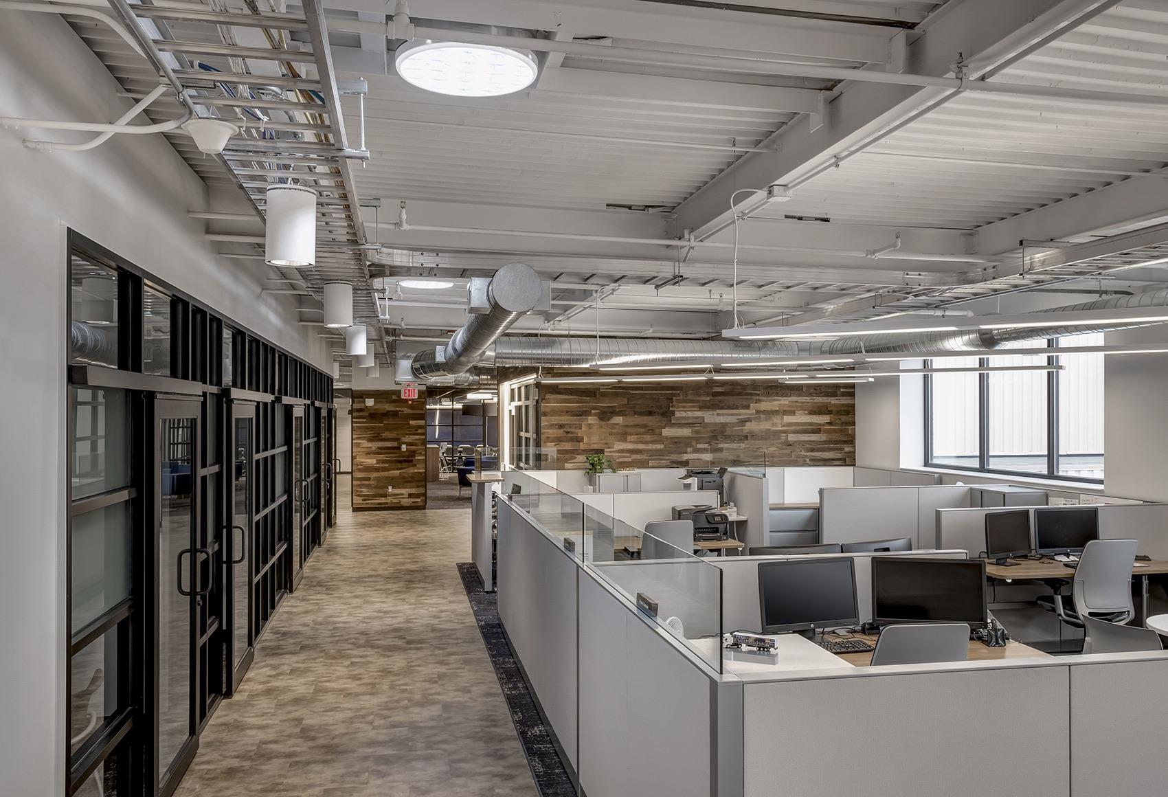 detroit-diesel-office-7