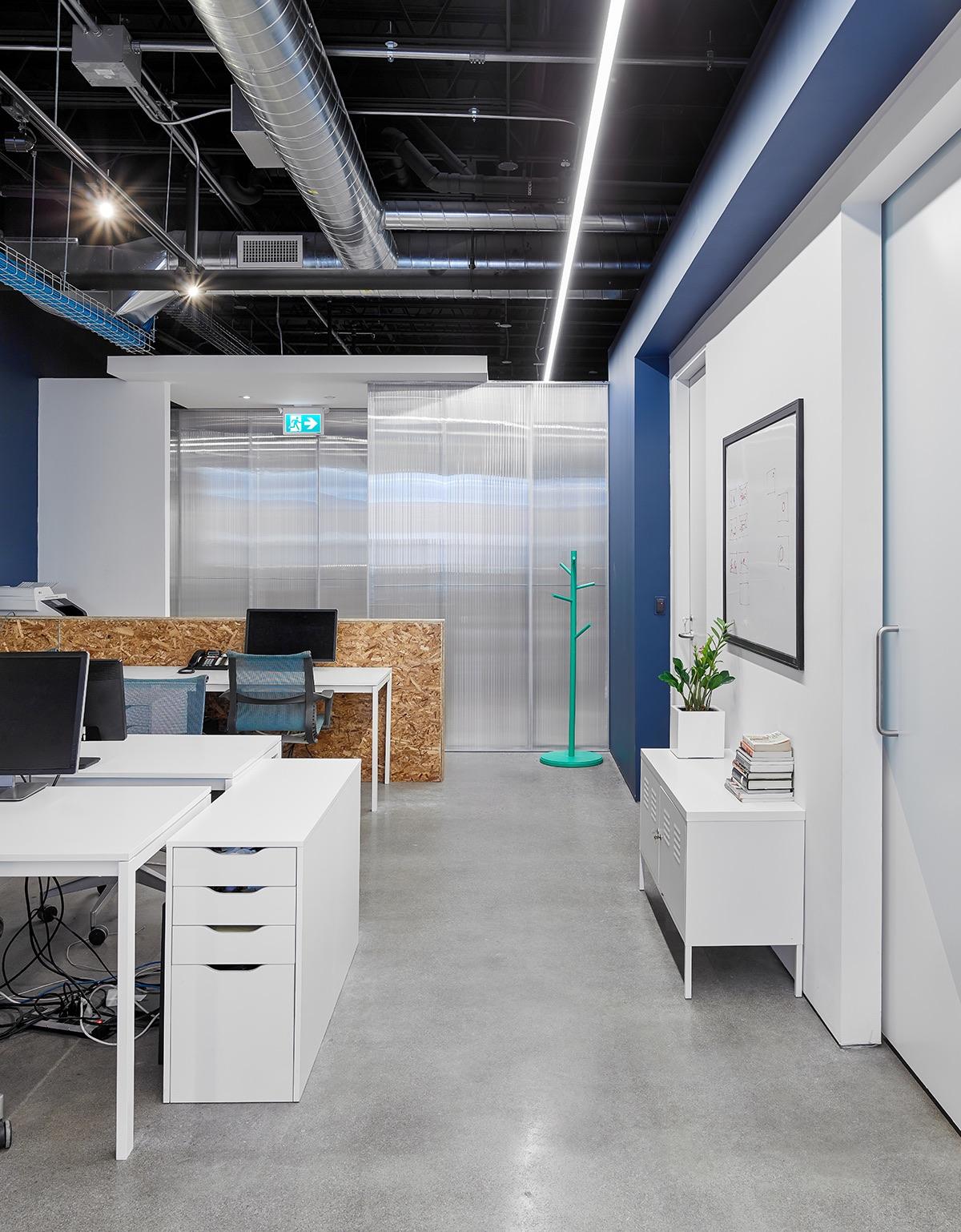 mavericks-office-toronto-6
