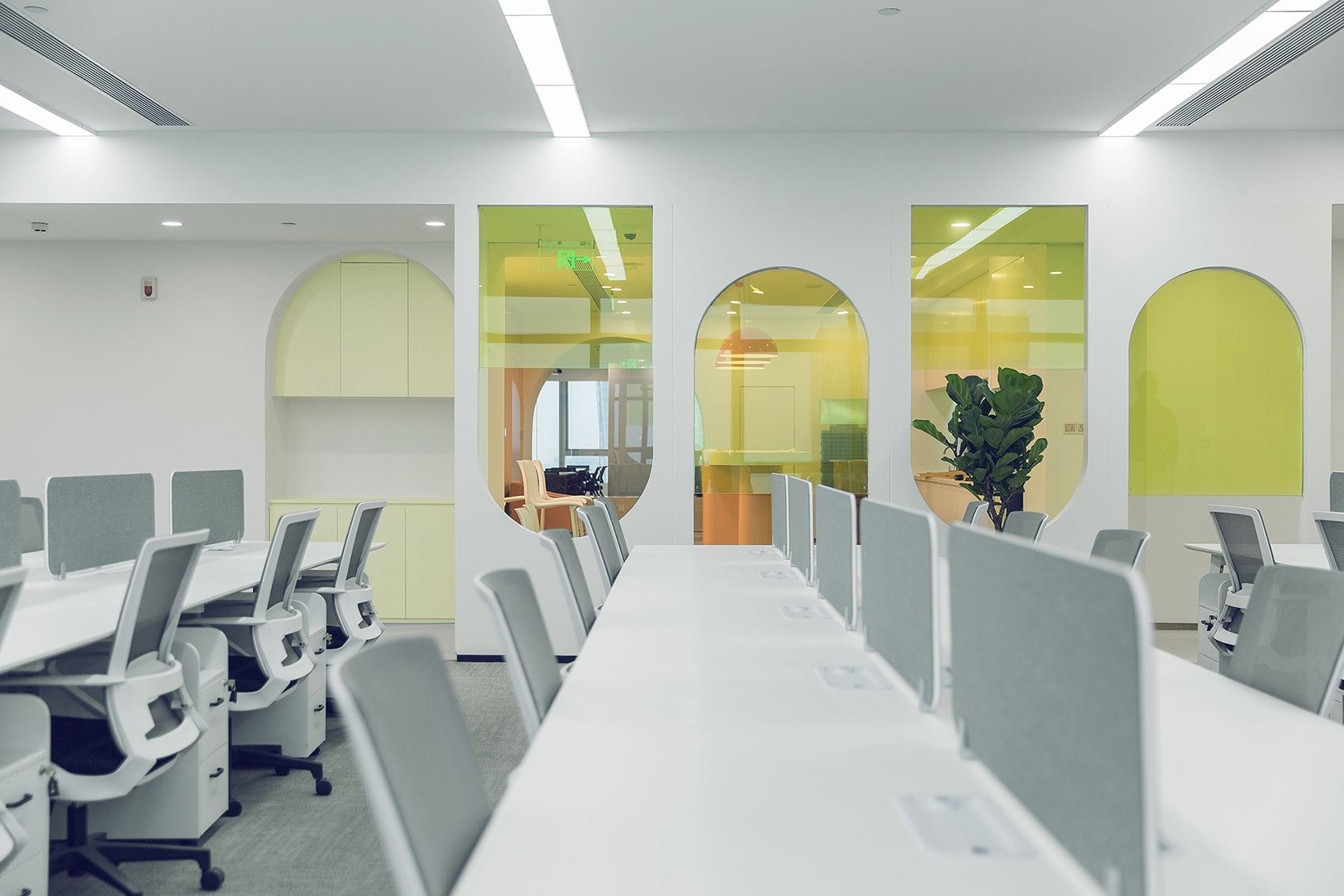 ruhhn-office-8