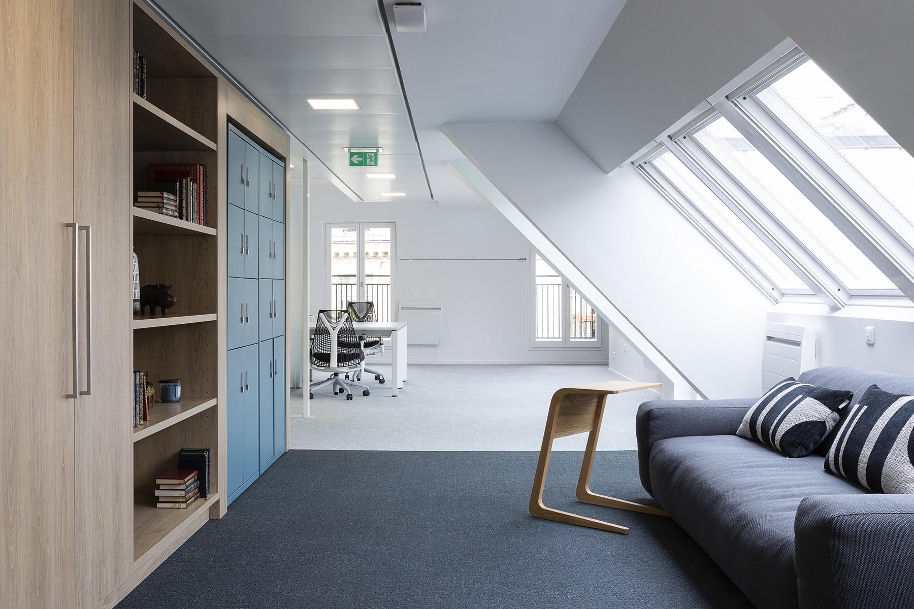 A Look Inside Synchrone's Elegant Paris Office